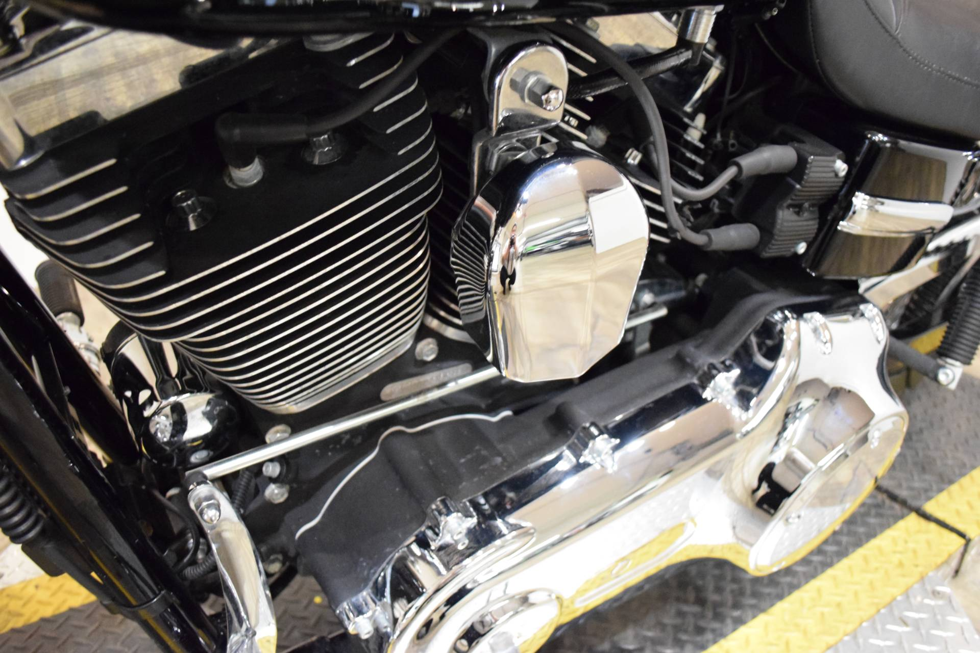 2013 Harley-Davidson Dyna® Super Glide® Custom in Wauconda, Illinois - Photo 19