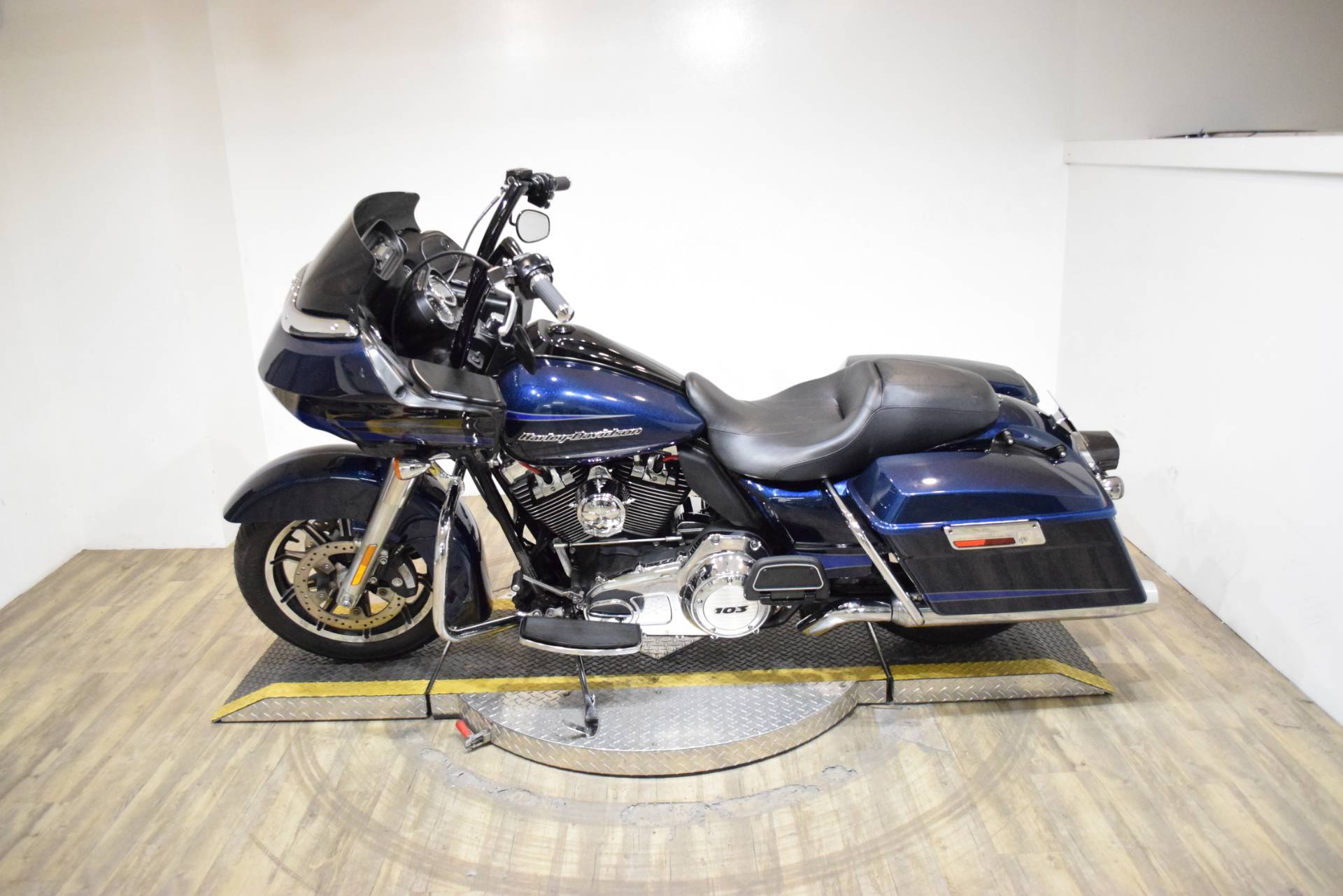 2012 Harley-Davidson Road Glide® Ultra in Wauconda, Illinois - Photo 15