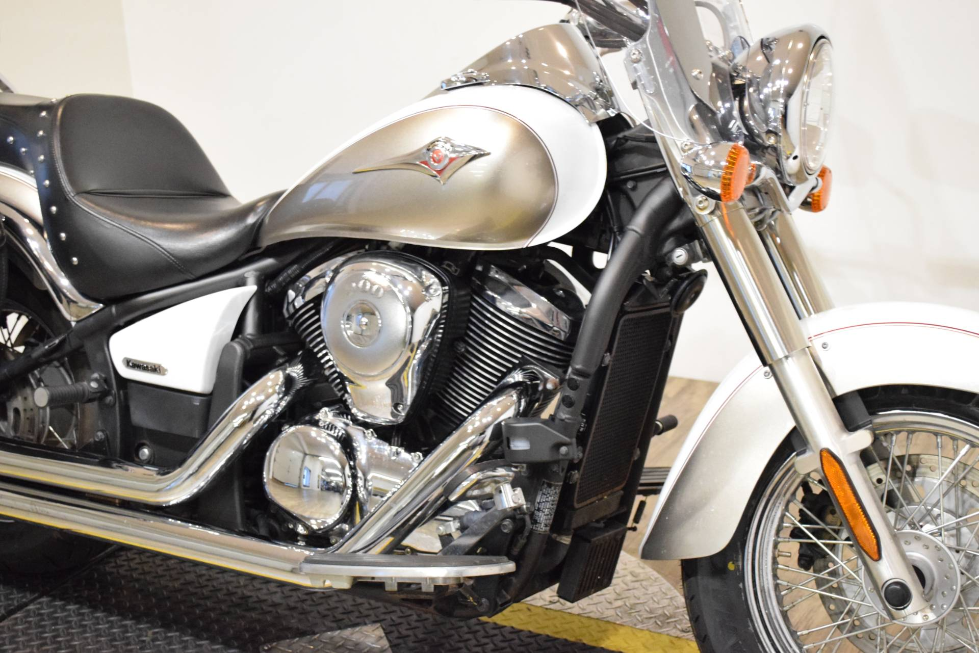 2008 Kawasaki Vulcan® 900 Classic LT in Wauconda, Illinois - Photo 4