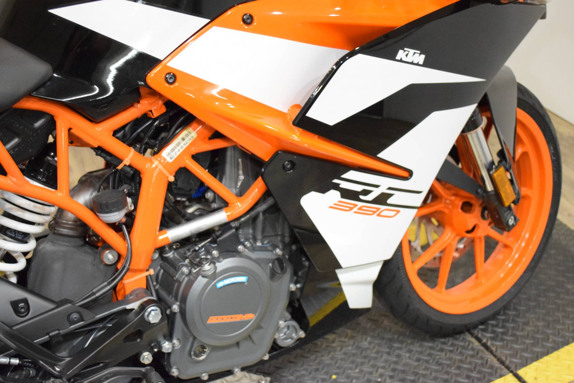 2017 KTM RC 390 in Wauconda, Illinois - Photo 6