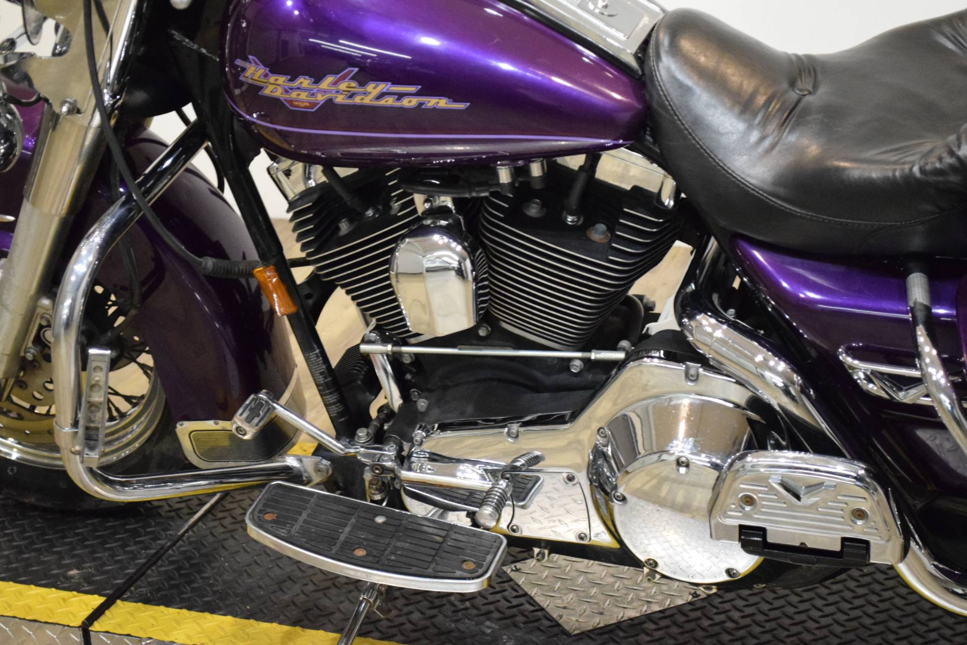 2000 Harley-Davidson FLHRI ROADKING in Wauconda, Illinois - Photo 20