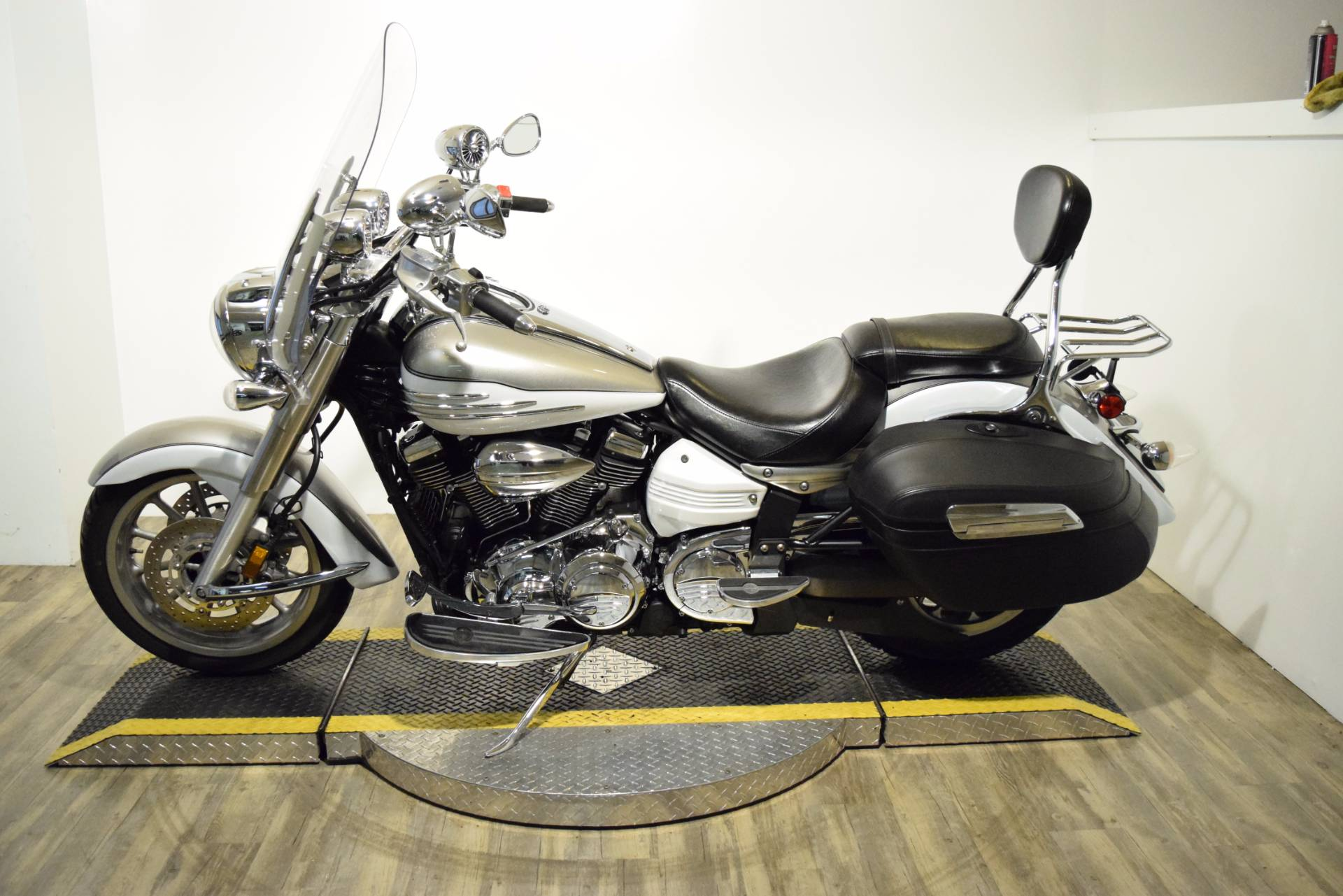 2009 Yamaha Stratoliner in Wauconda, Illinois