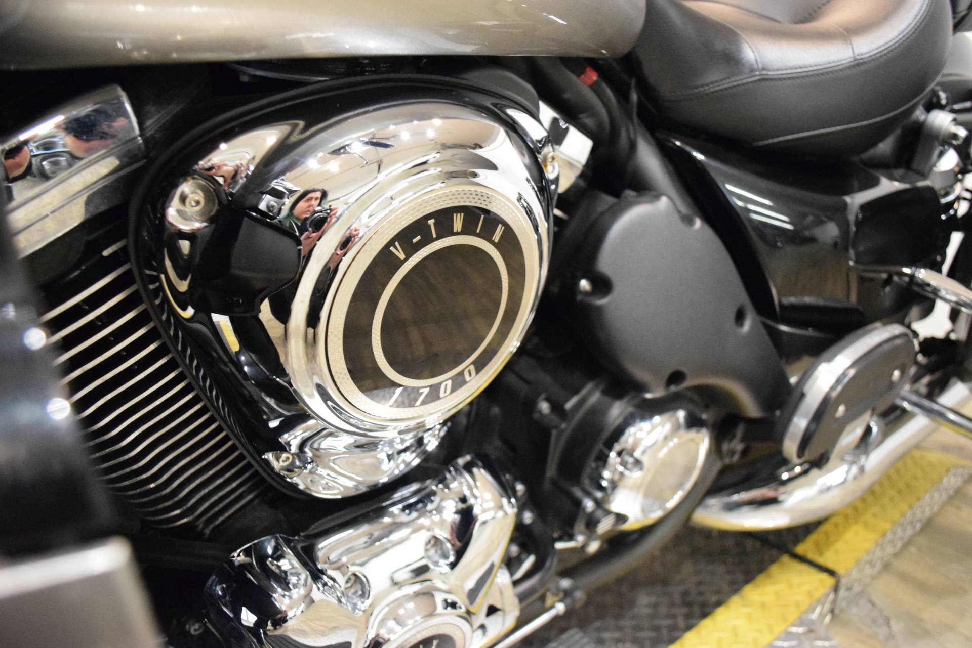 2016 Kawasaki Vulcan 1700 Voyager ABS in Wauconda, Illinois - Photo 19