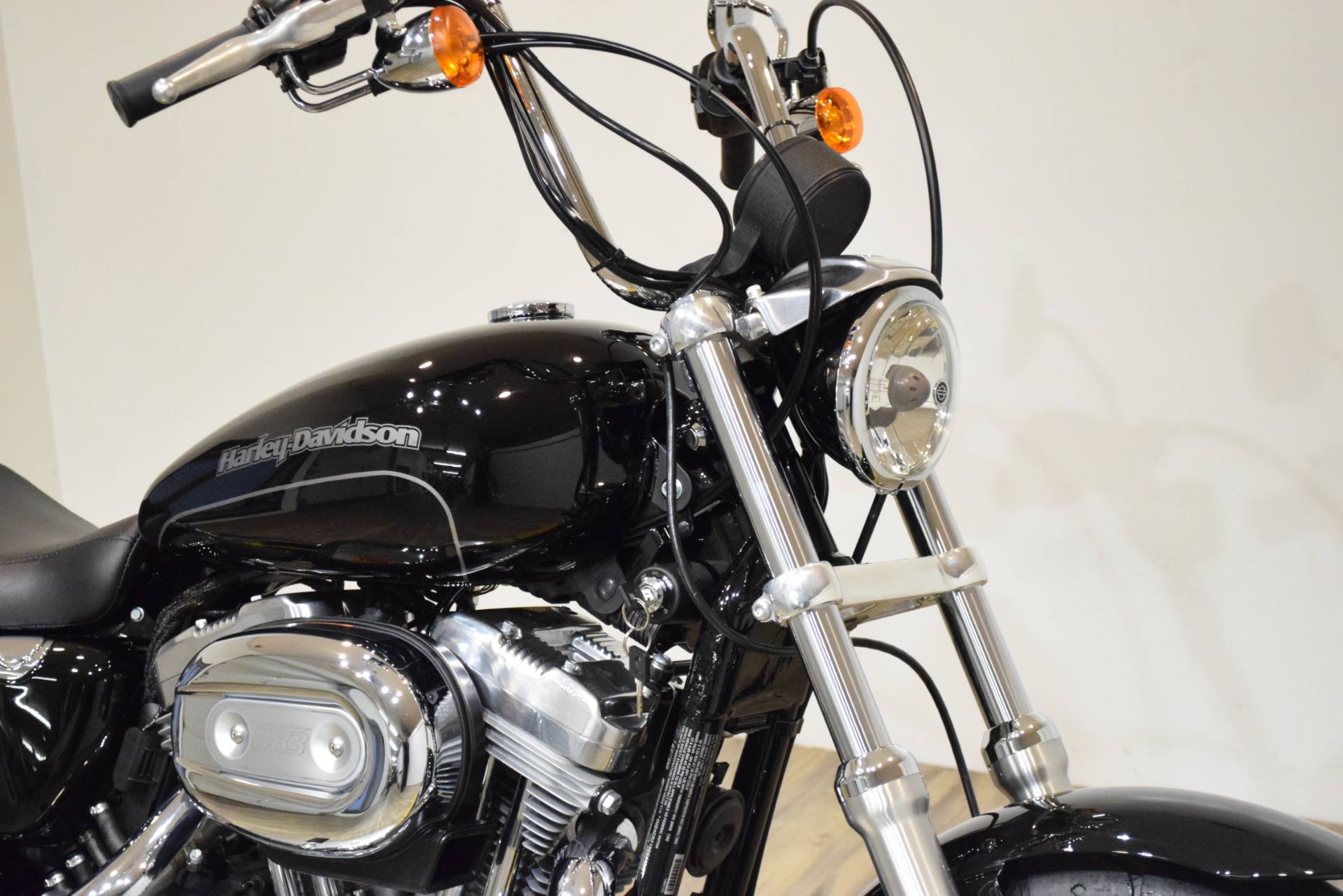 2016 Harley-Davidson XL883L in Wauconda, Illinois - Photo 3