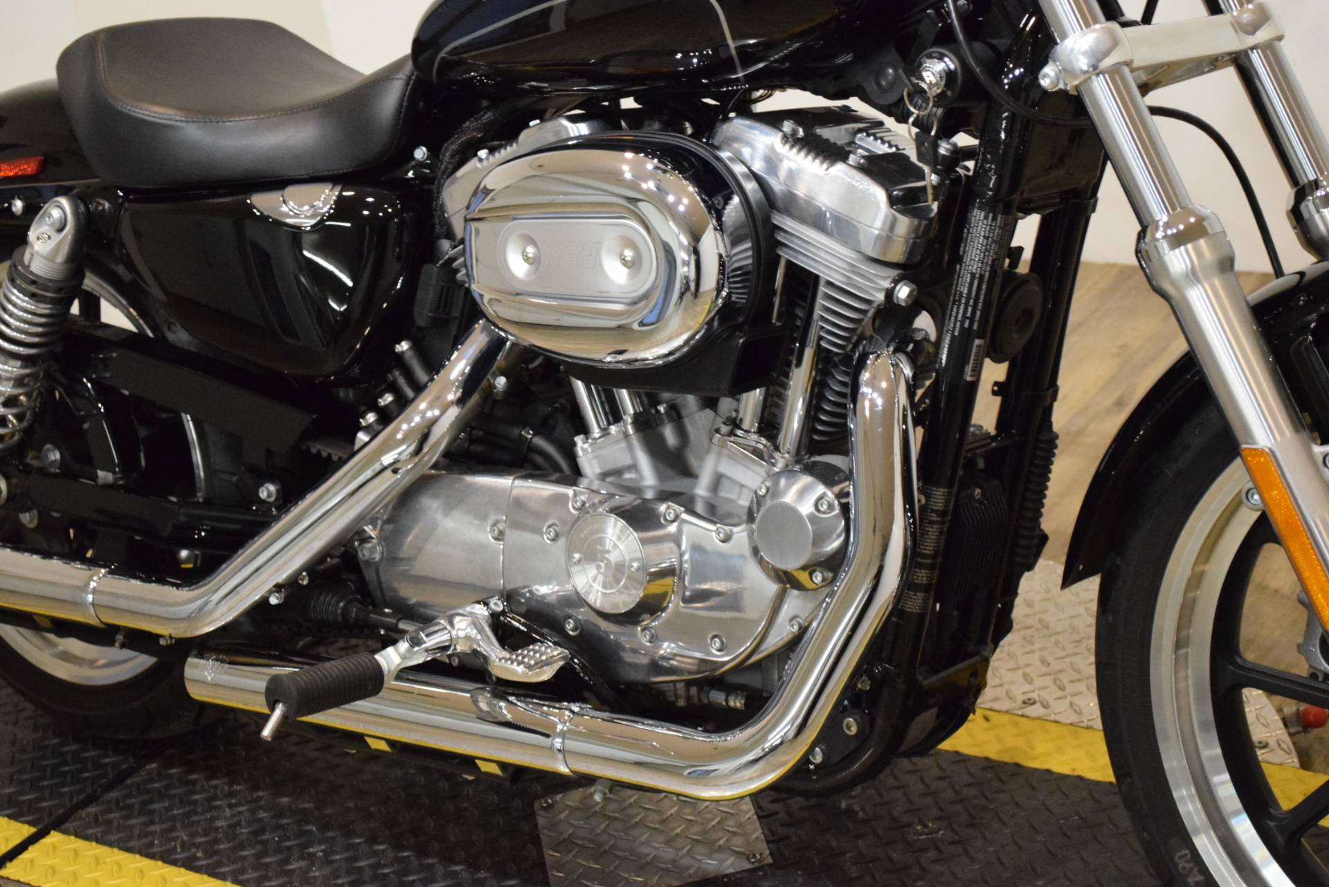 2016 Harley-Davidson XL883L in Wauconda, Illinois - Photo 4