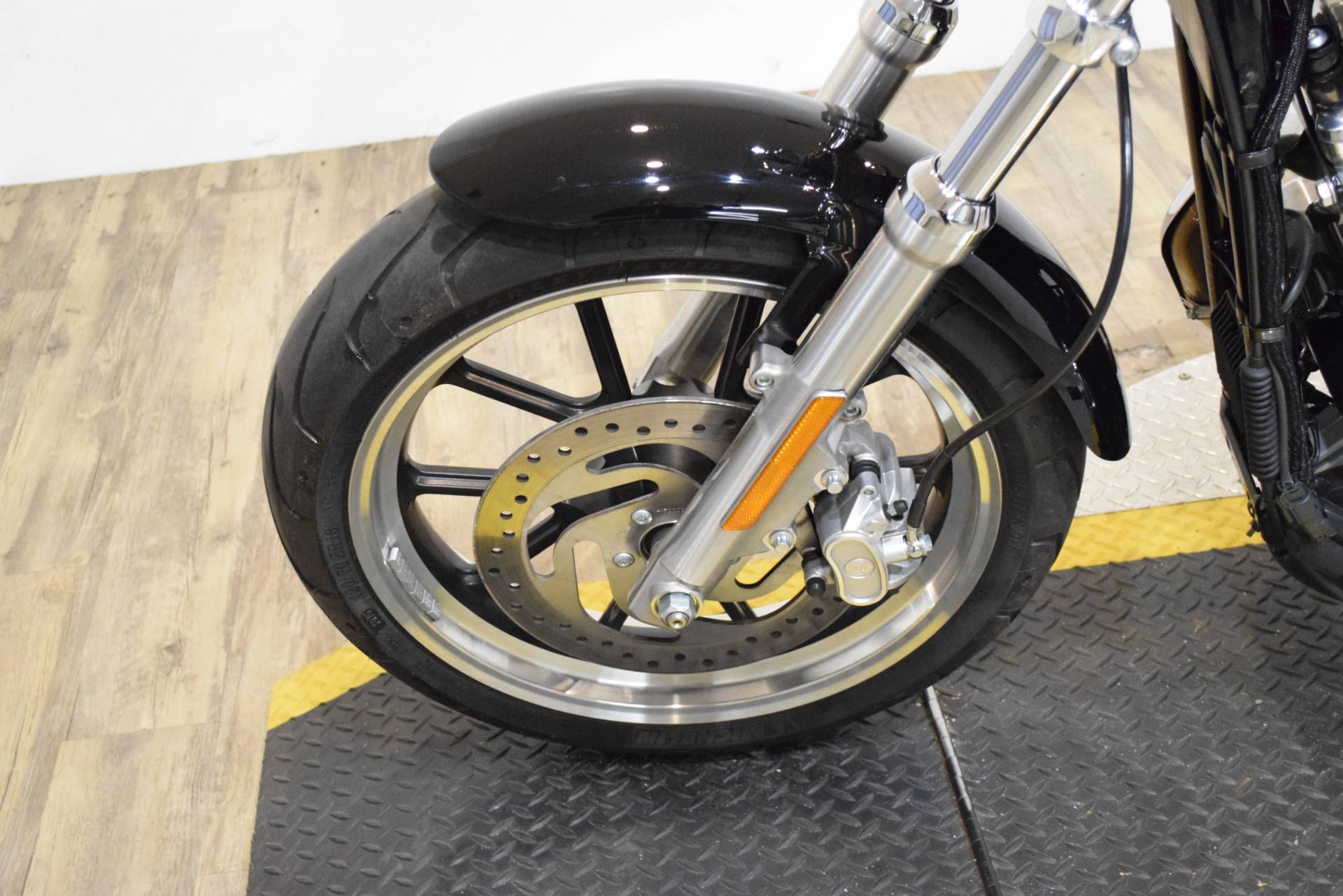 2016 Harley-Davidson XL883L in Wauconda, Illinois - Photo 22