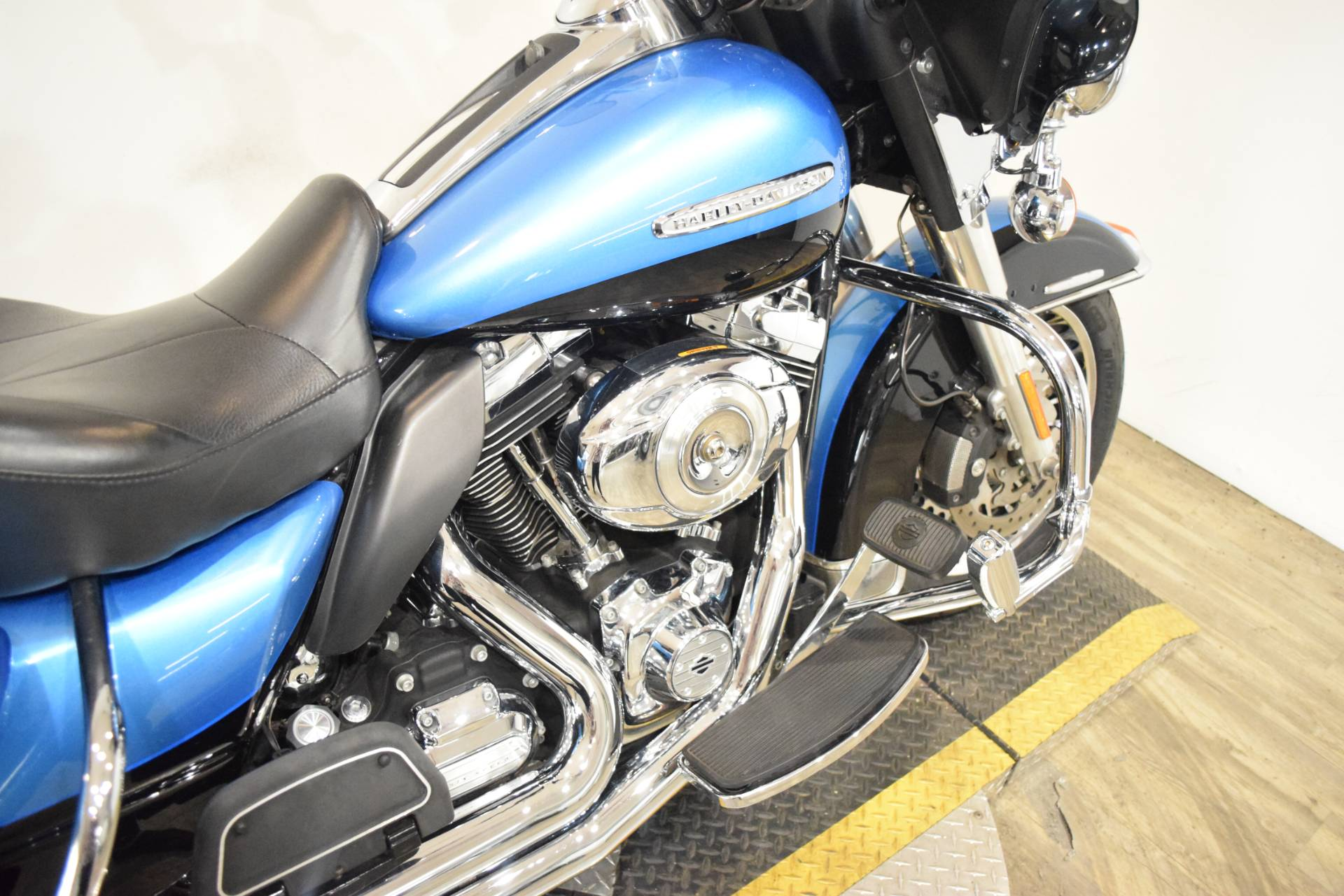 2011 Harley-Davidson Electra Glide® Ultra Limited in Wauconda, Illinois - Photo 6