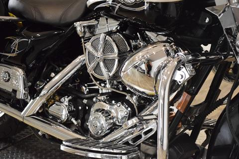 2003 Harley-Davidson FLHRCI Road King® Classic in Wauconda, Illinois - Photo 4