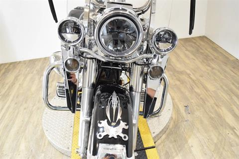 2003 Harley-Davidson FLHRCI Road King® Classic in Wauconda, Illinois - Photo 14