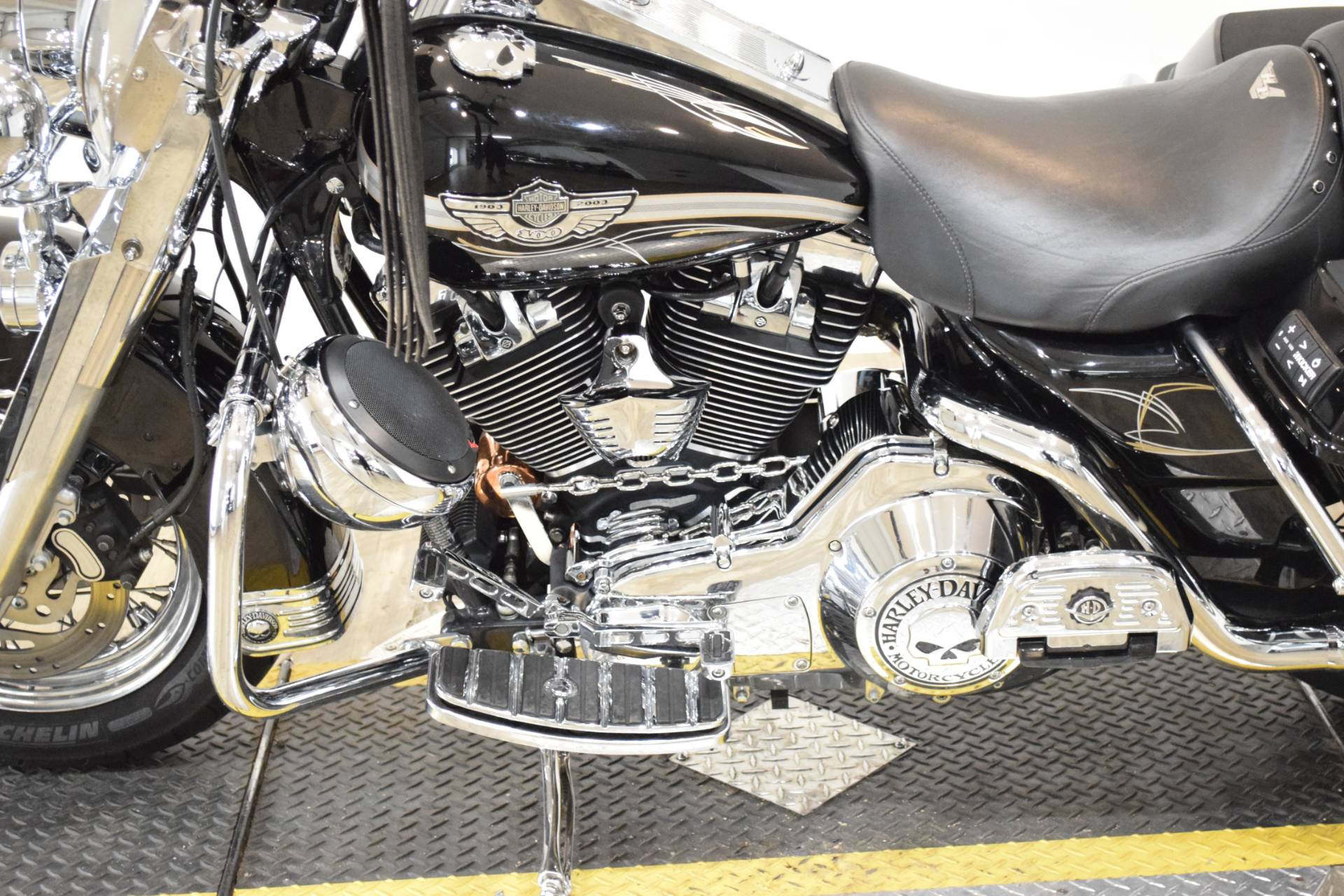 2003 Harley-Davidson FLHRCI Road King® Classic in Wauconda, Illinois - Photo 20