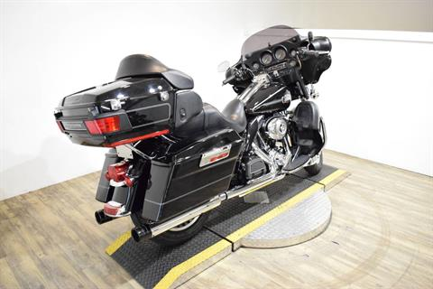 2011 Harley-Davidson Ultra Classic® Electra Glide® in Wauconda, Illinois - Photo 11