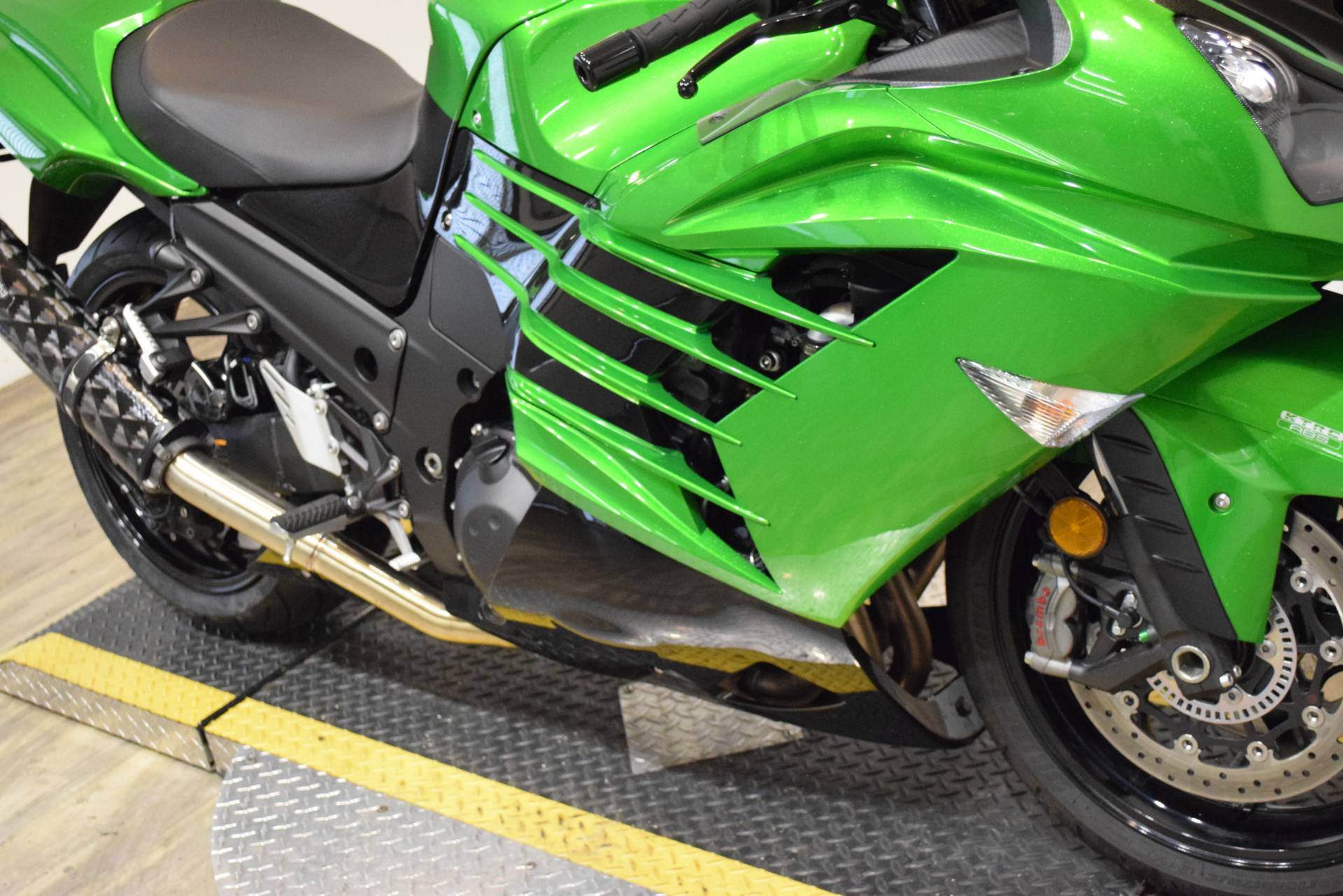 2017 Kawasaki Ninja ZX-14R ABS SE in Wauconda, Illinois - Photo 4