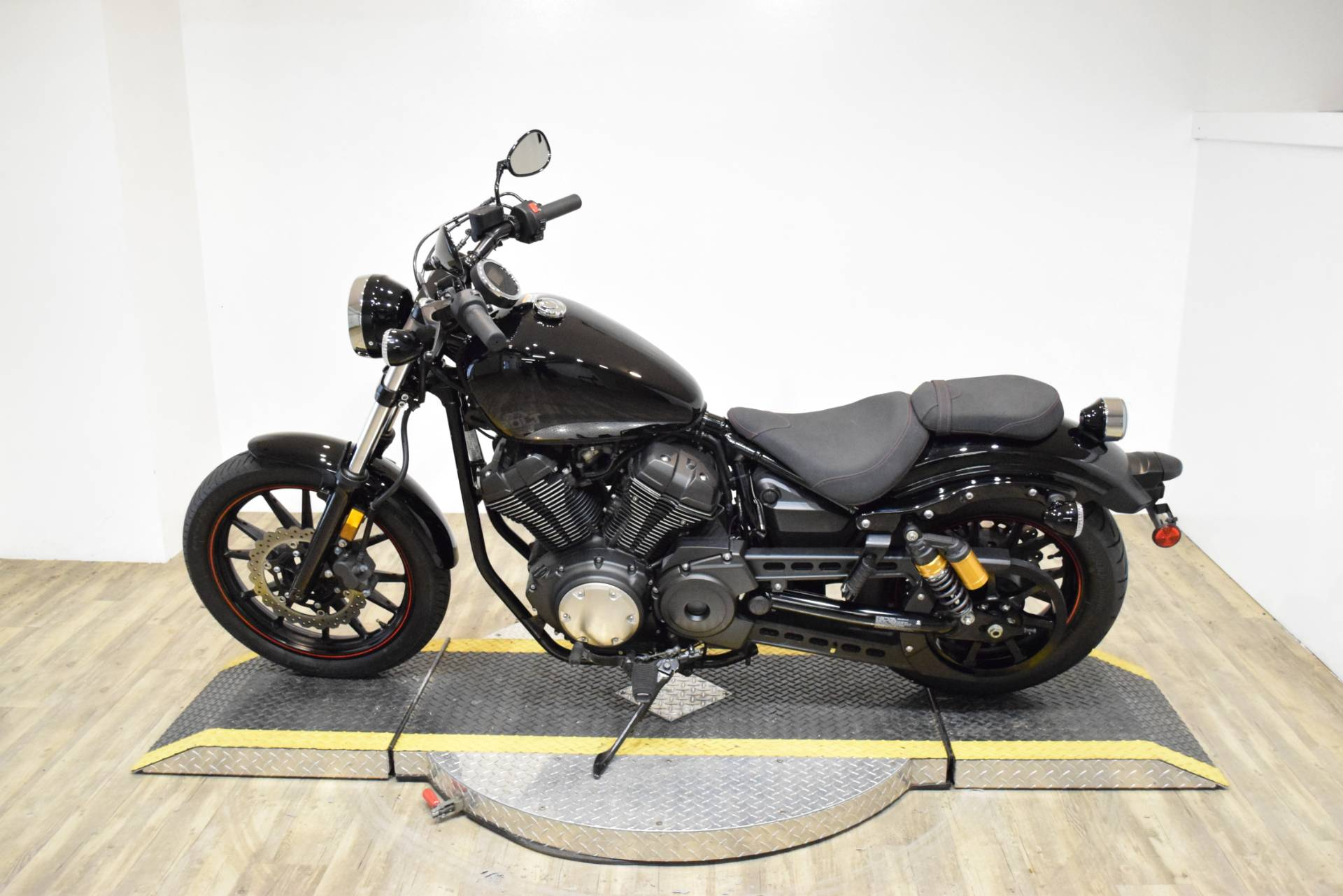 2015 Yamaha Bolt R-Spec in Wauconda, Illinois