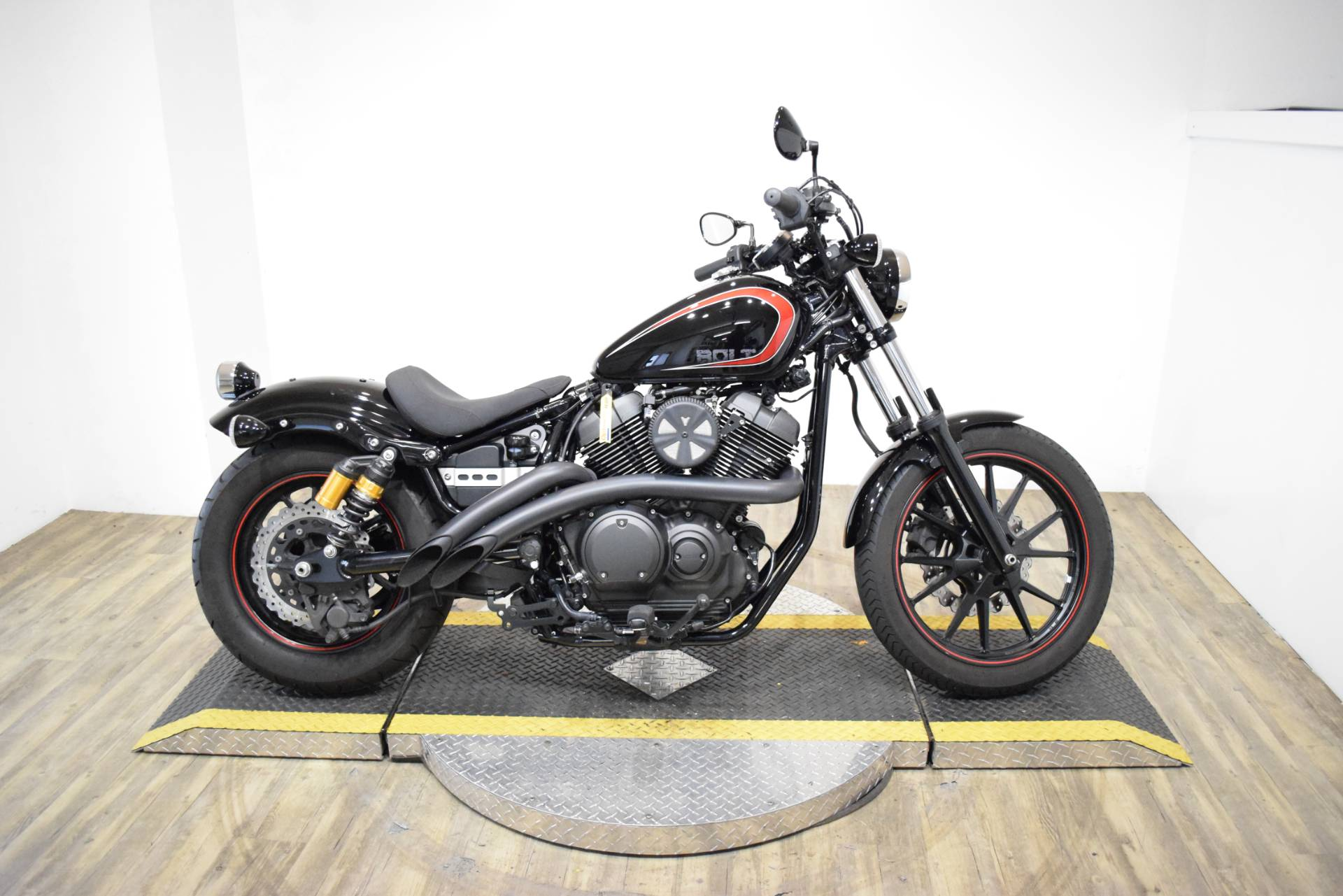2015 Yamaha Bolt R-Spec in Wauconda, Illinois - Photo 1