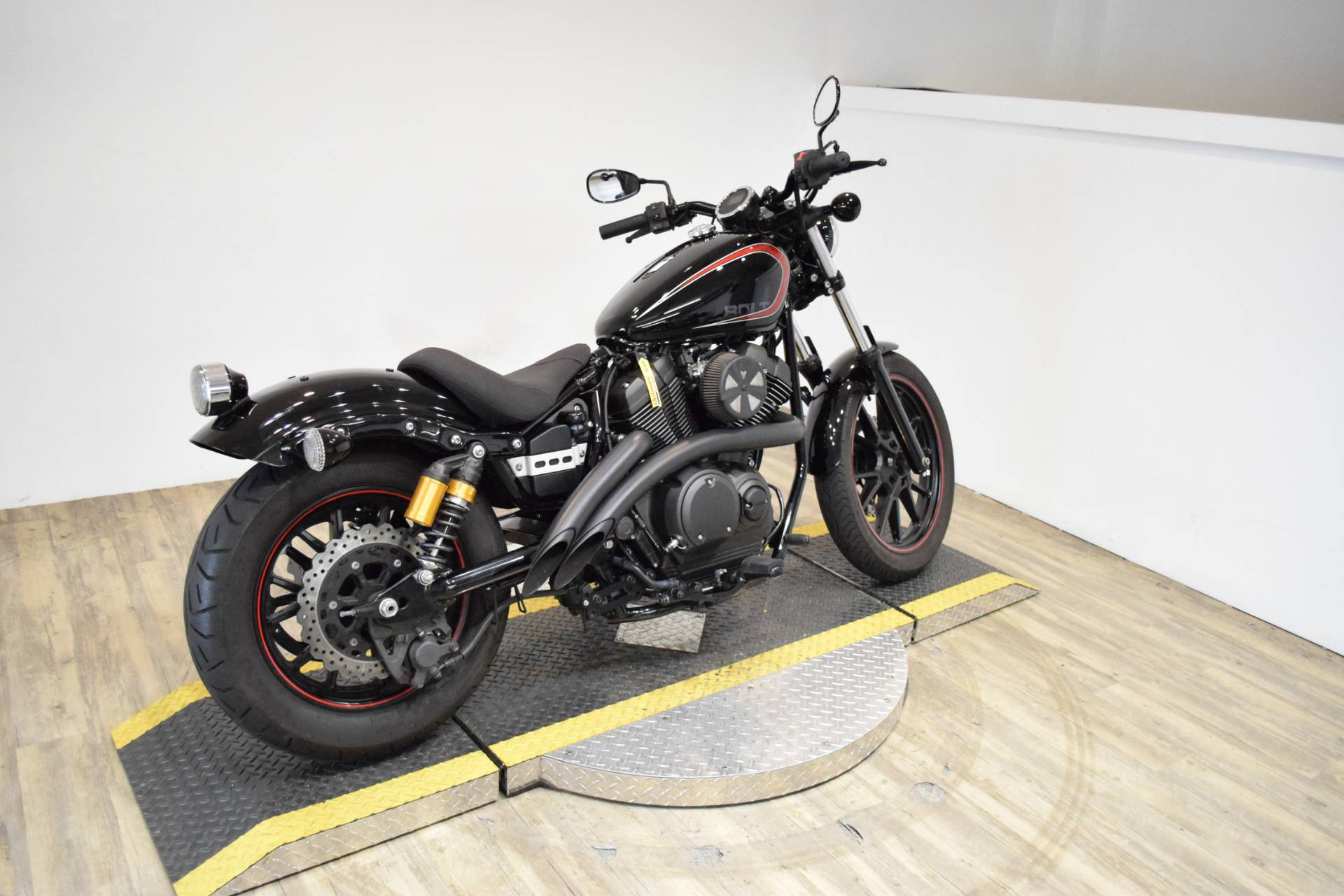 2015 Yamaha Bolt R-Spec in Wauconda, Illinois - Photo 9