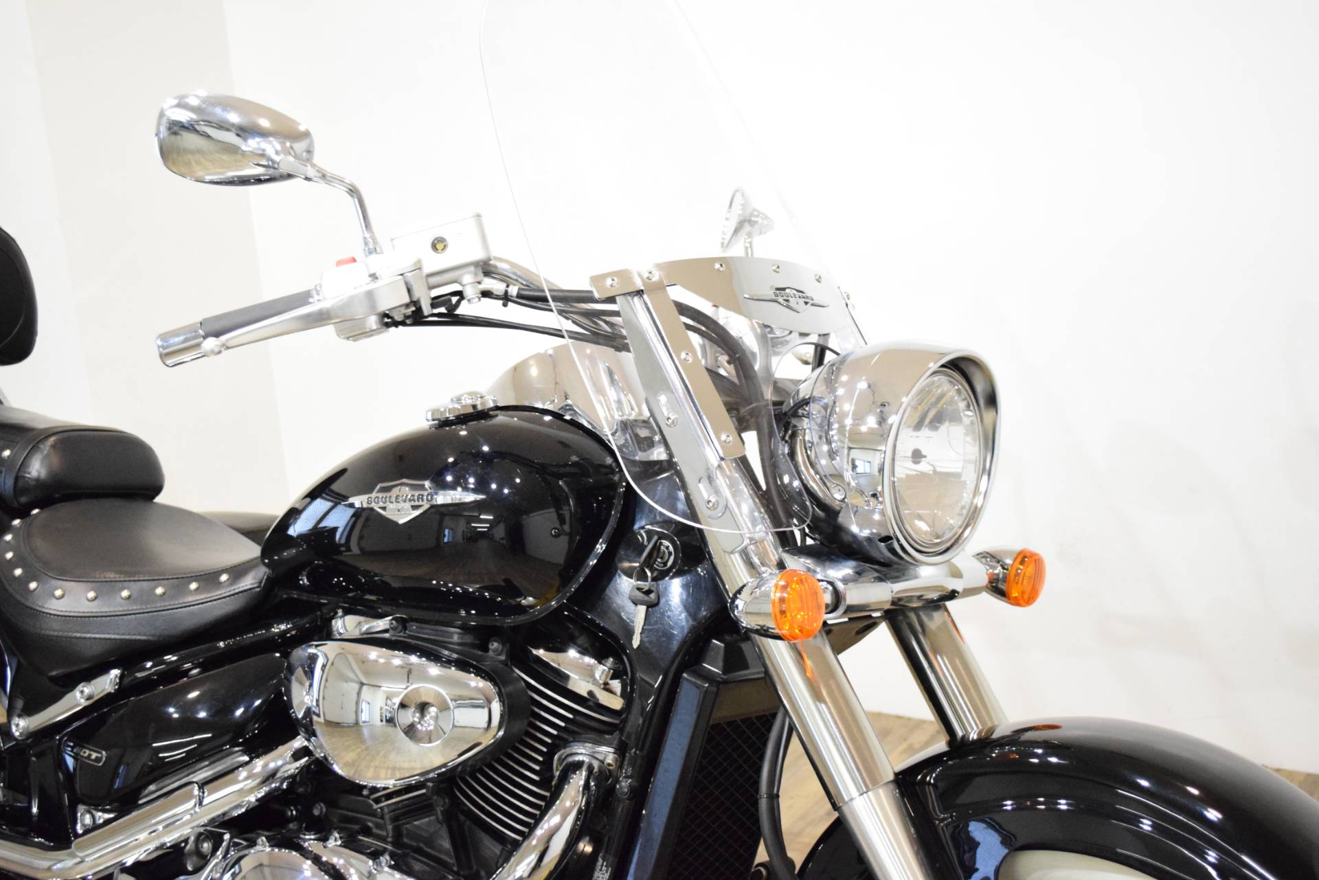 2008 Suzuki Boulevard C50T in Wauconda, Illinois - Photo 3