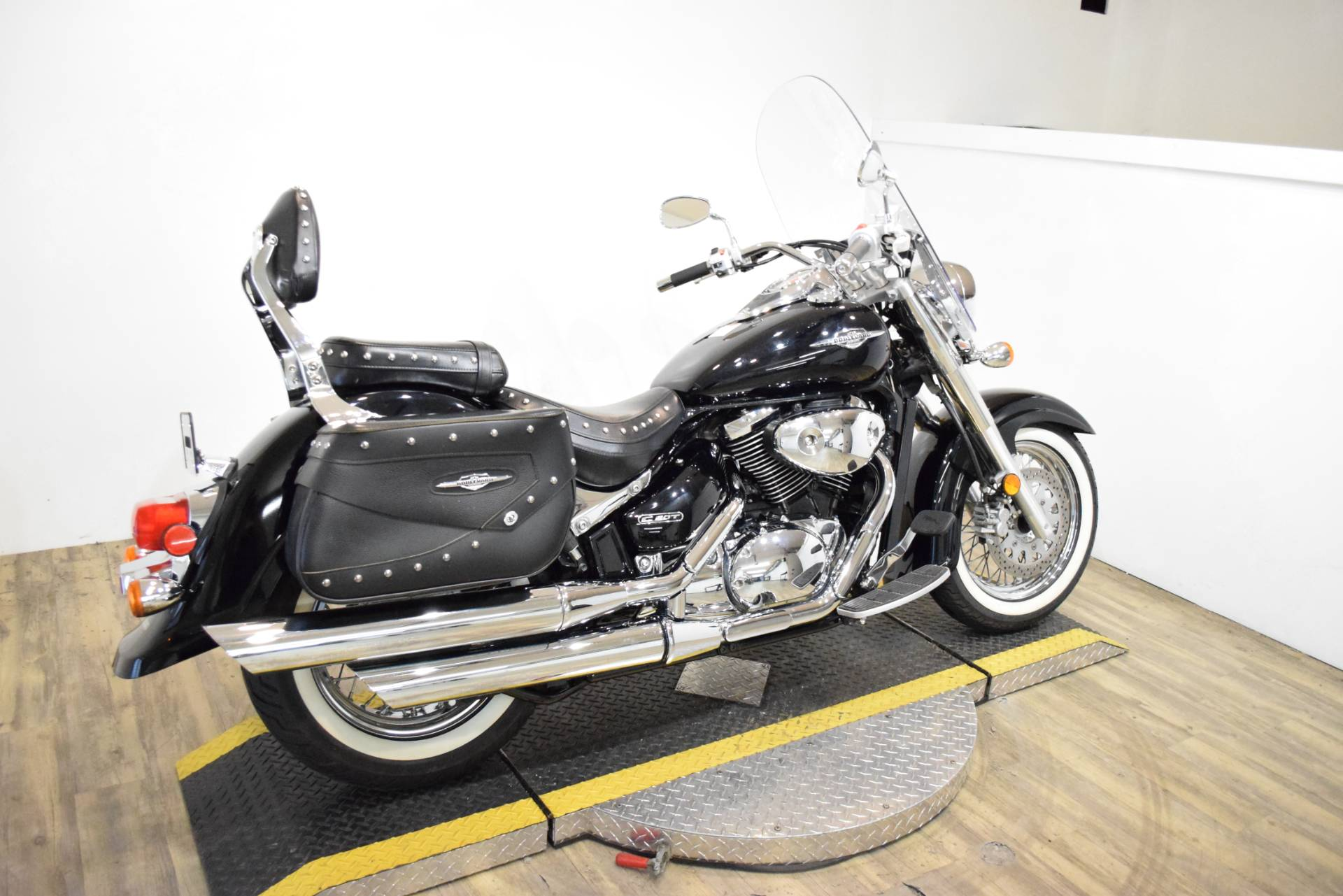 2008 Suzuki Boulevard C50T in Wauconda, Illinois - Photo 11