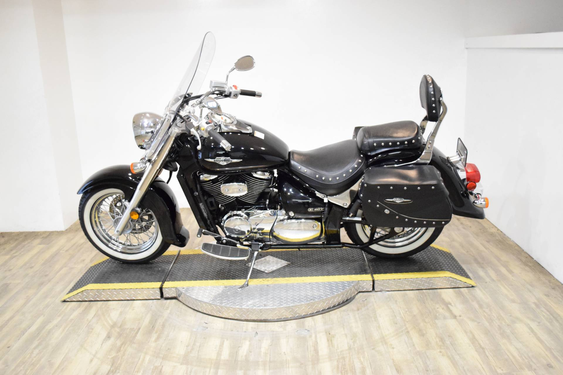 2008 Suzuki Boulevard C50T in Wauconda, Illinois - Photo 17