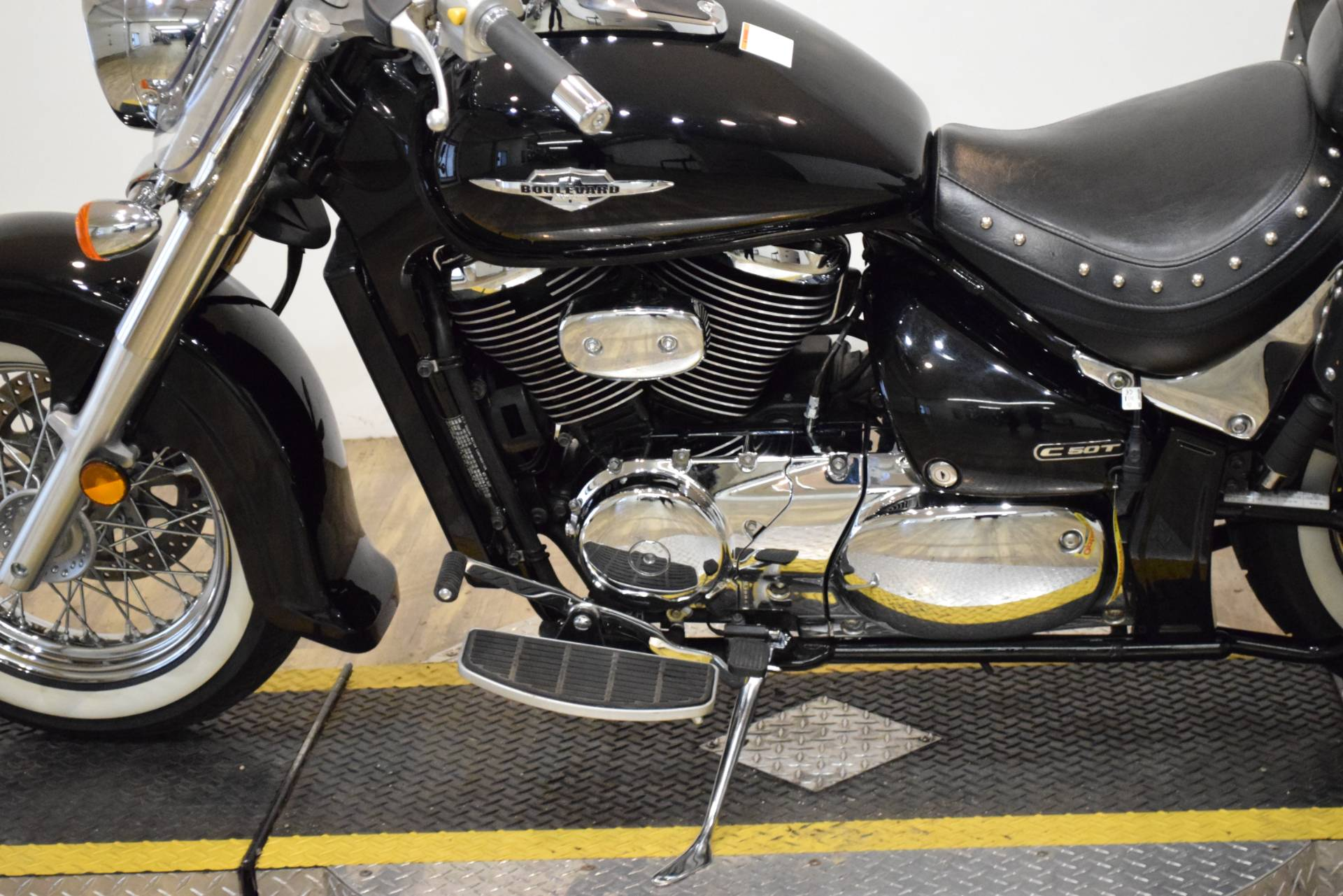 2008 Suzuki Boulevard C50T in Wauconda, Illinois - Photo 20