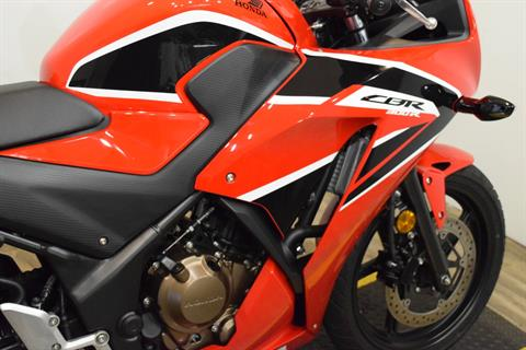 2017 Honda CBR300R in Wauconda, Illinois - Photo 6