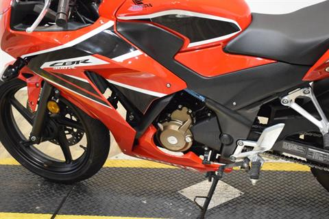 2017 Honda CBR300R in Wauconda, Illinois - Photo 18