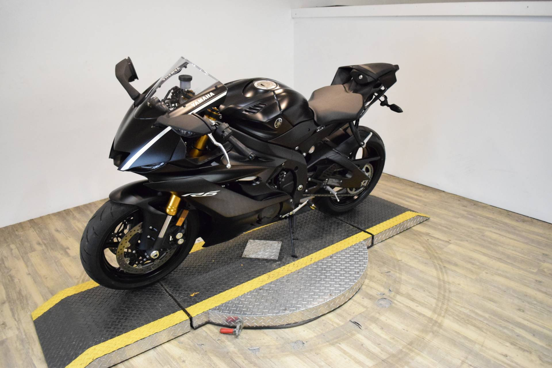 2017 Yamaha YZF-R6 in Wauconda, Illinois - Photo 22