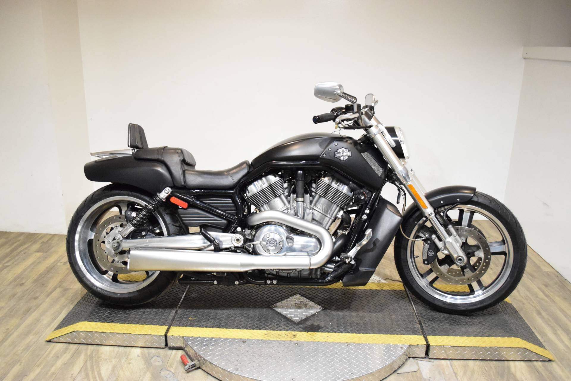 2016 Harley-Davidson V-Rod Muscle® in Wauconda, Illinois - Photo 1