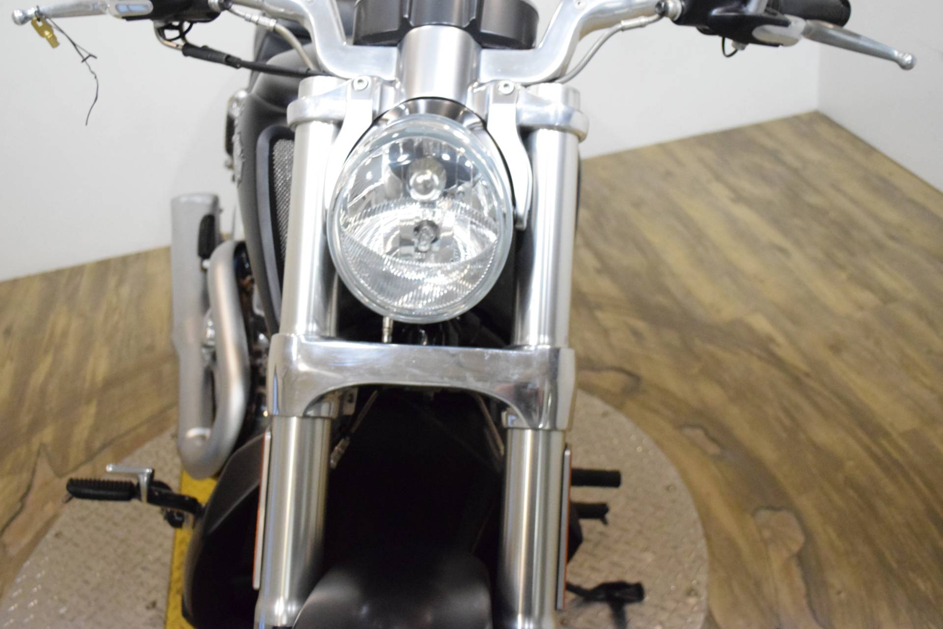2016 Harley-Davidson V-Rod Muscle® in Wauconda, Illinois - Photo 12
