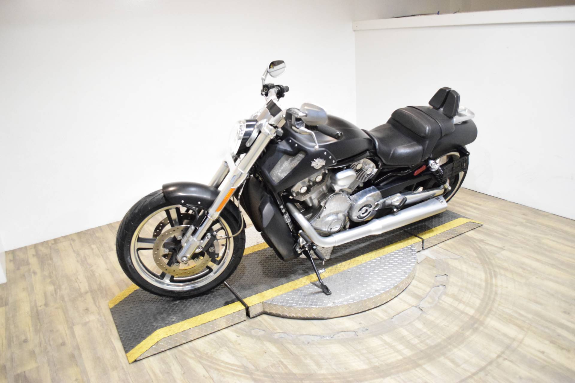 2016 Harley-Davidson V-Rod Muscle® in Wauconda, Illinois - Photo 22