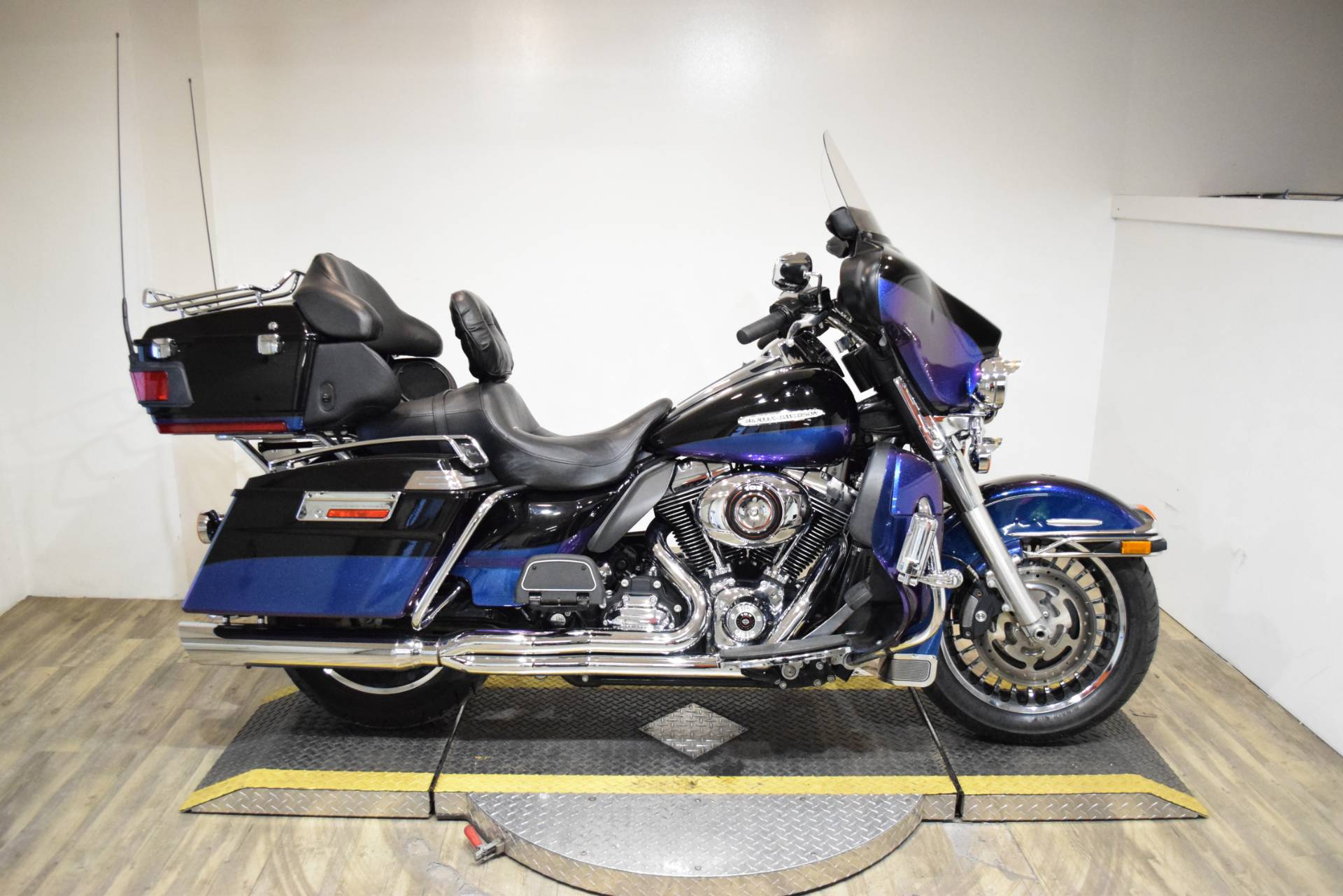 2010 Harley-Davidson Electra Glide® Ultra Limited in Wauconda, Illinois - Photo 1