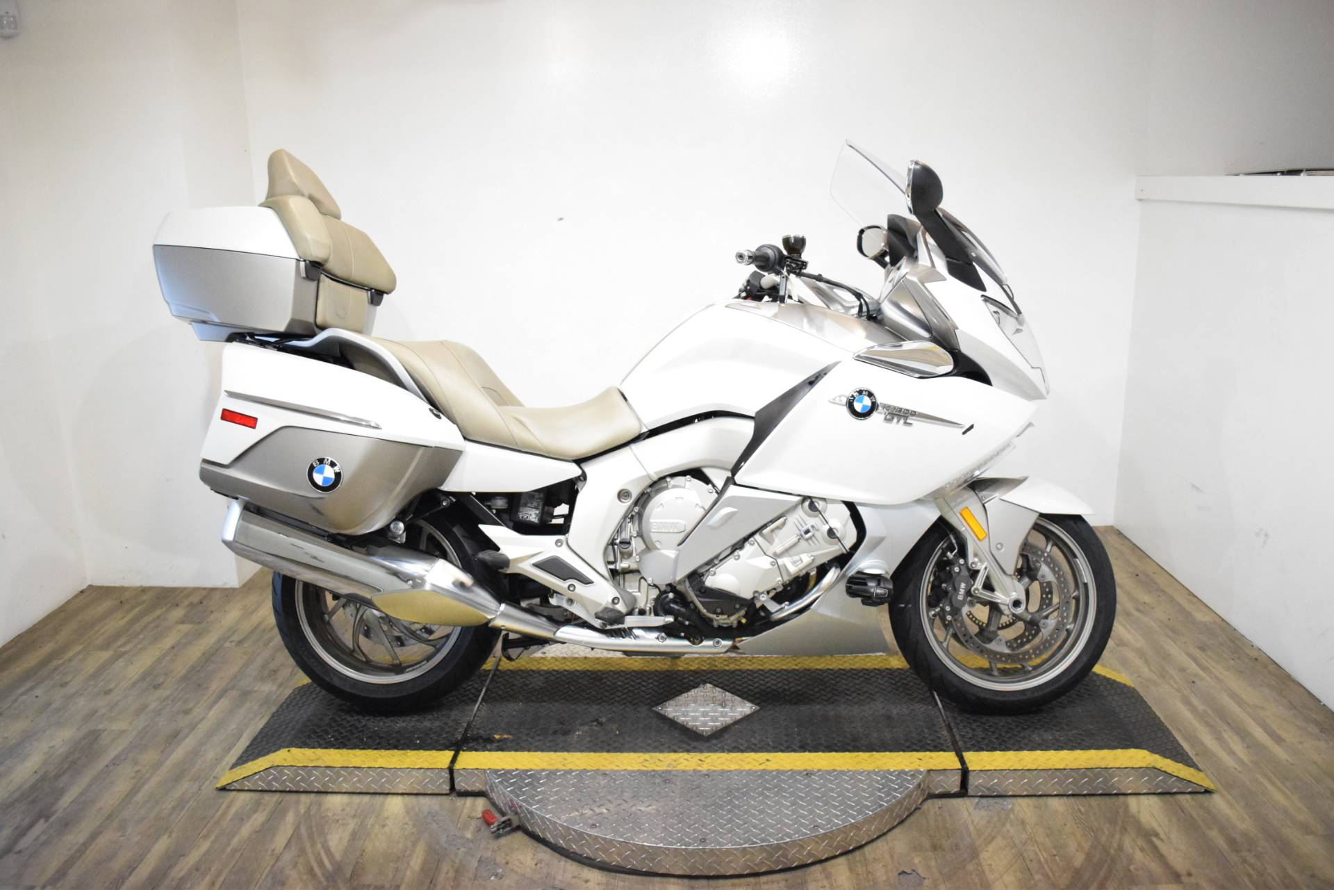 2015 BMW K 1600 GTL Exclusive in Wauconda, Illinois - Photo 1