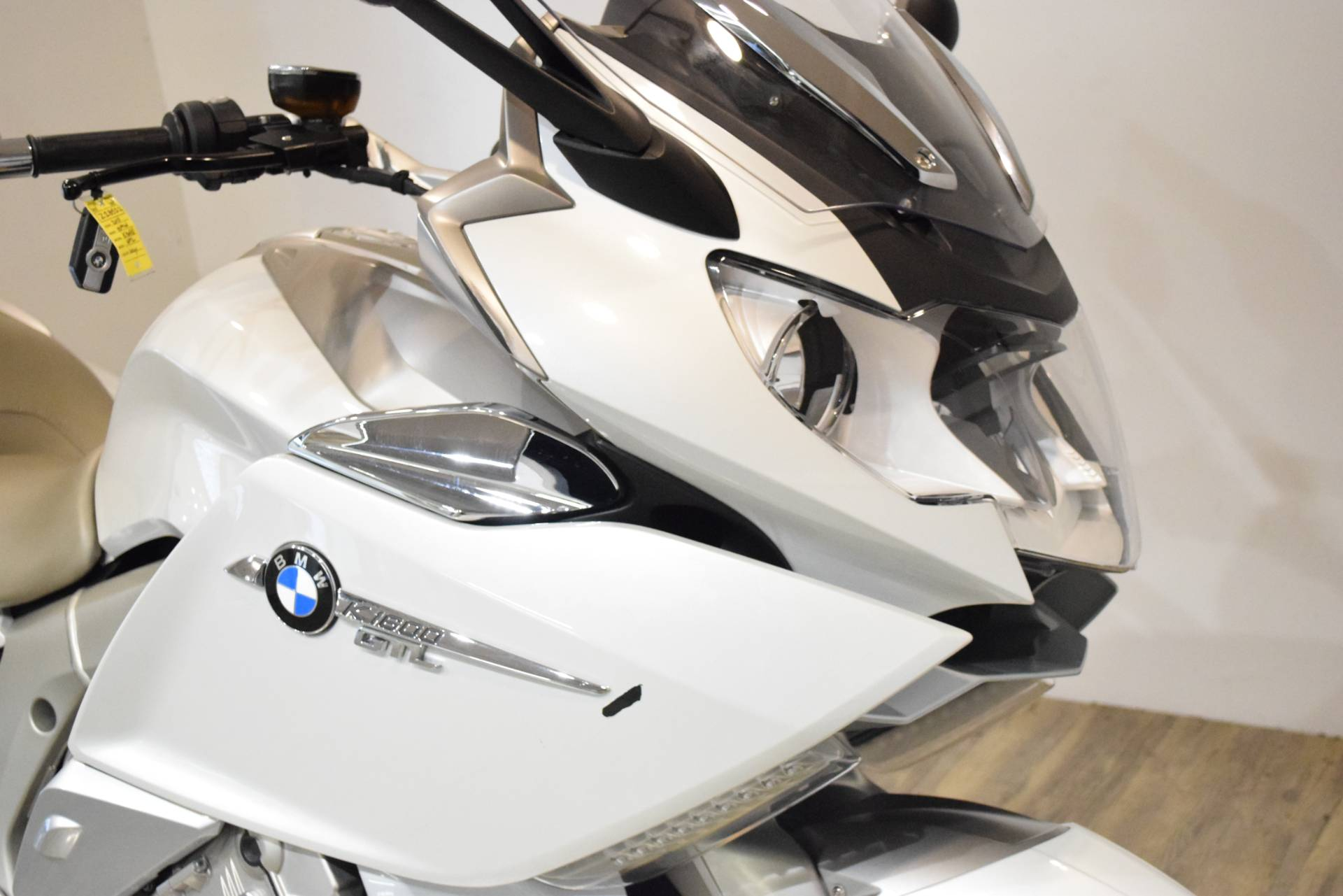 2015 BMW K 1600 GTL Exclusive in Wauconda, Illinois - Photo 3