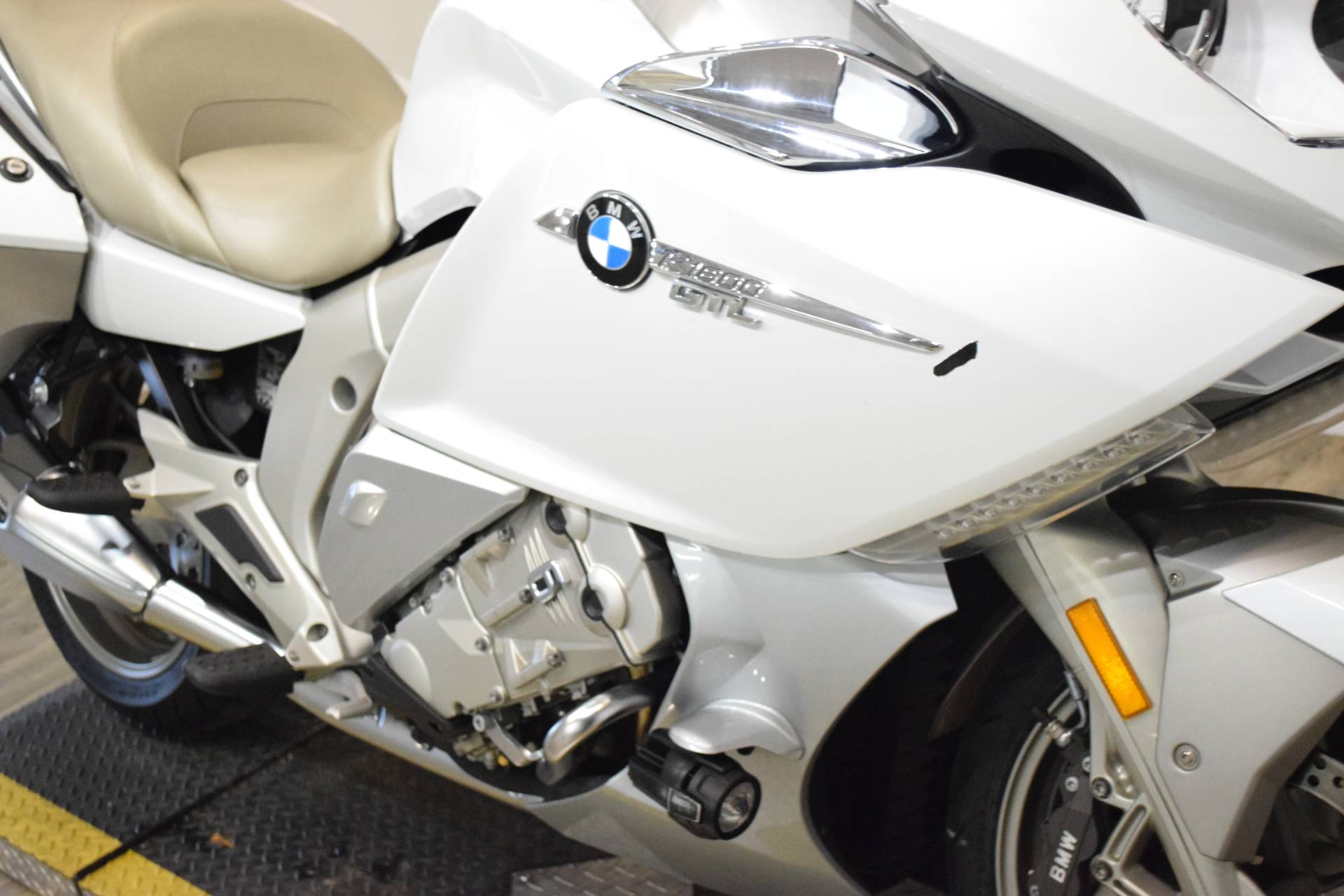 2015 BMW K 1600 GTL Exclusive in Wauconda, Illinois - Photo 4
