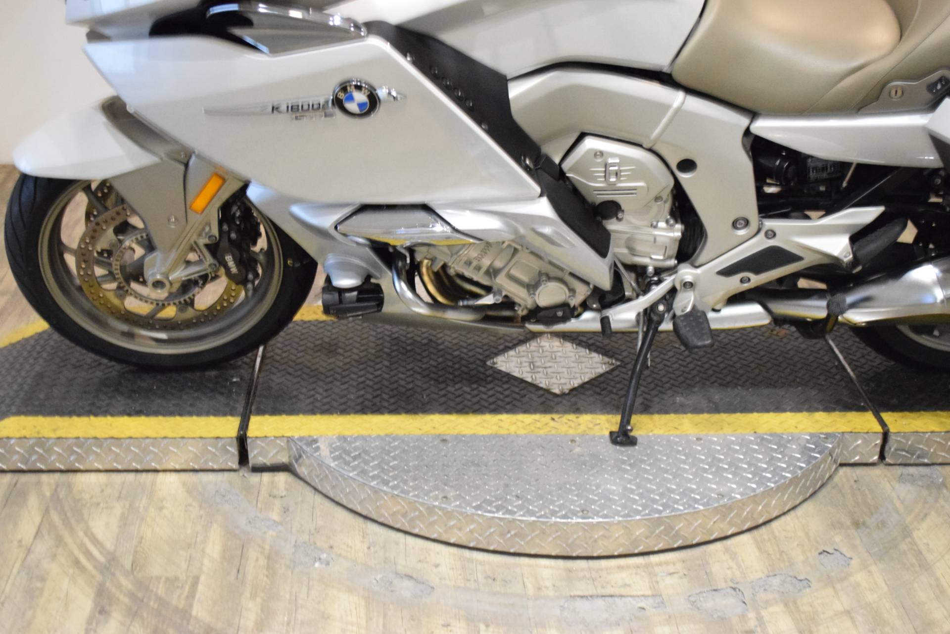 2015 BMW K 1600 GTL Exclusive in Wauconda, Illinois - Photo 18