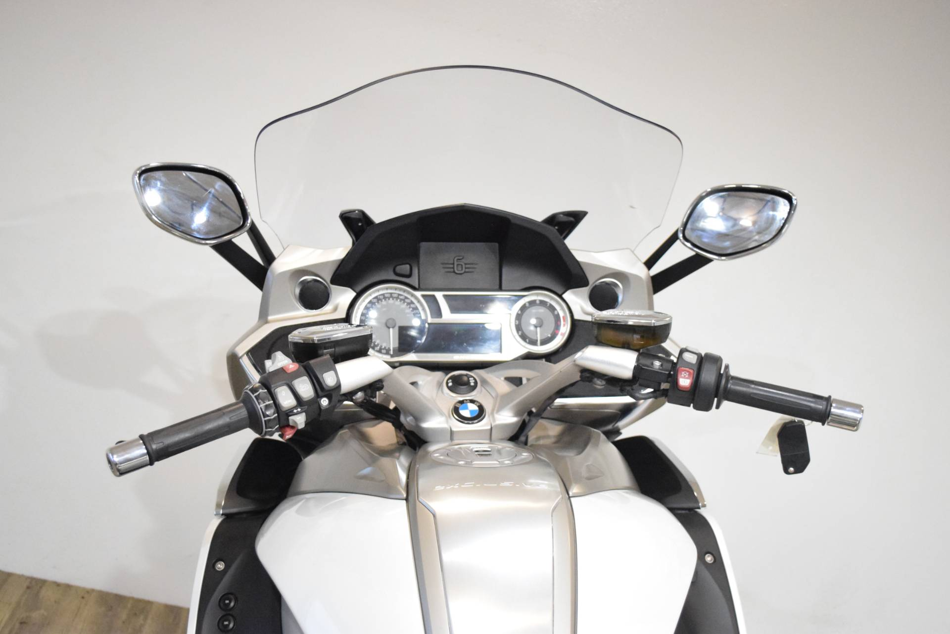 2015 BMW K 1600 GTL Exclusive in Wauconda, Illinois - Photo 27