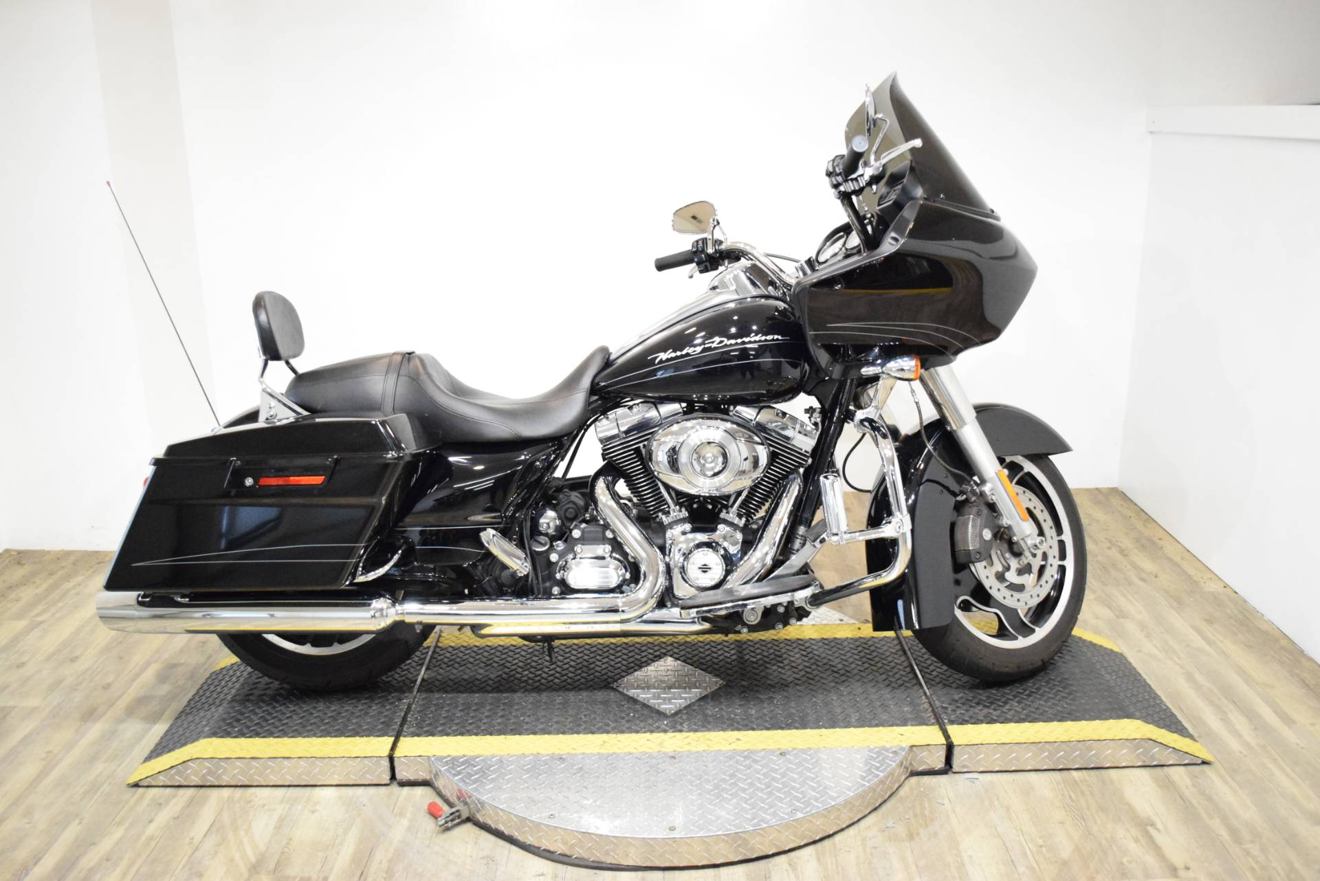 2013 Harley-Davidson Road Glide® Custom in Wauconda, Illinois - Photo 1