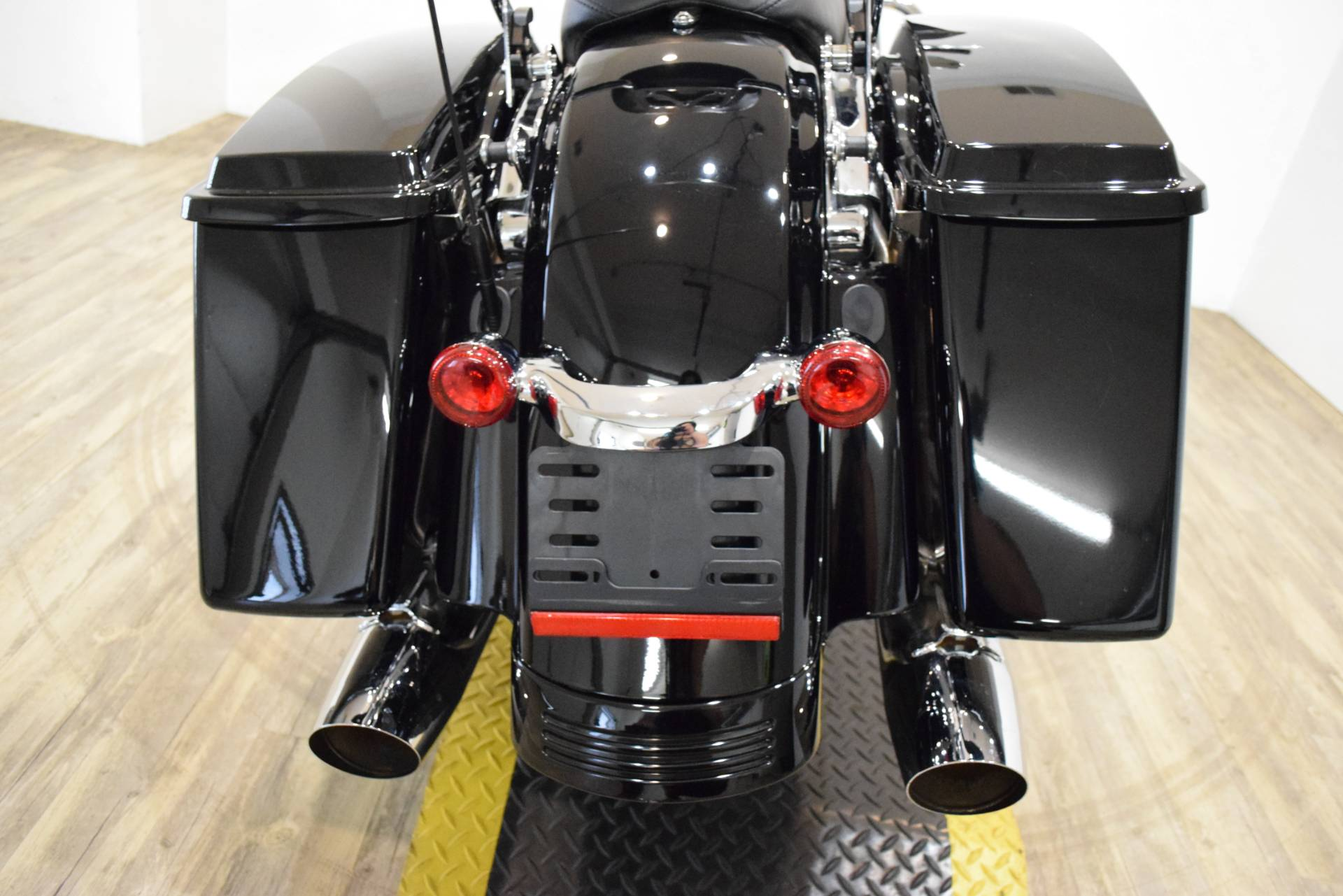2013 Harley-Davidson Road Glide® Custom in Wauconda, Illinois - Photo 27