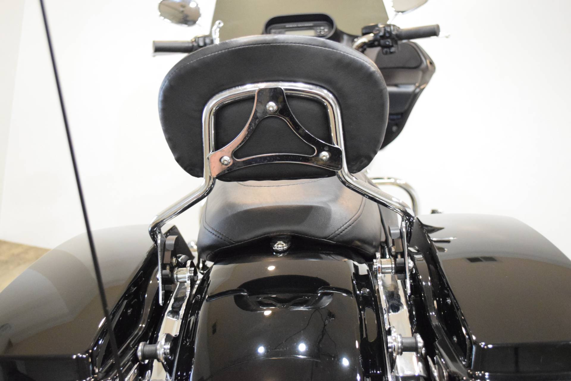 2013 Harley-Davidson Road Glide® Custom in Wauconda, Illinois - Photo 28
