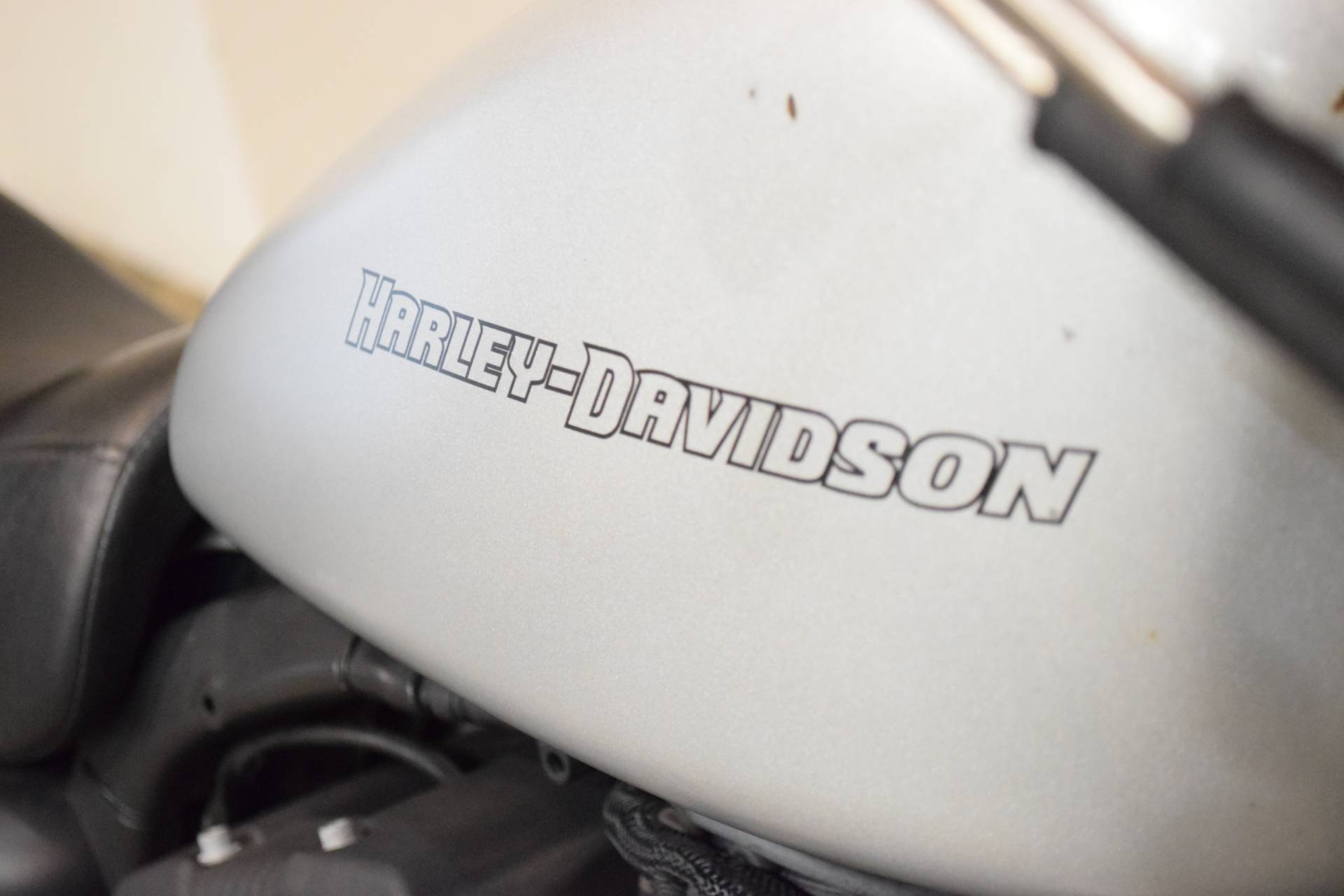 2010 Harley-Davidson Sportster® Iron 883™ in Wauconda, Illinois - Photo 5