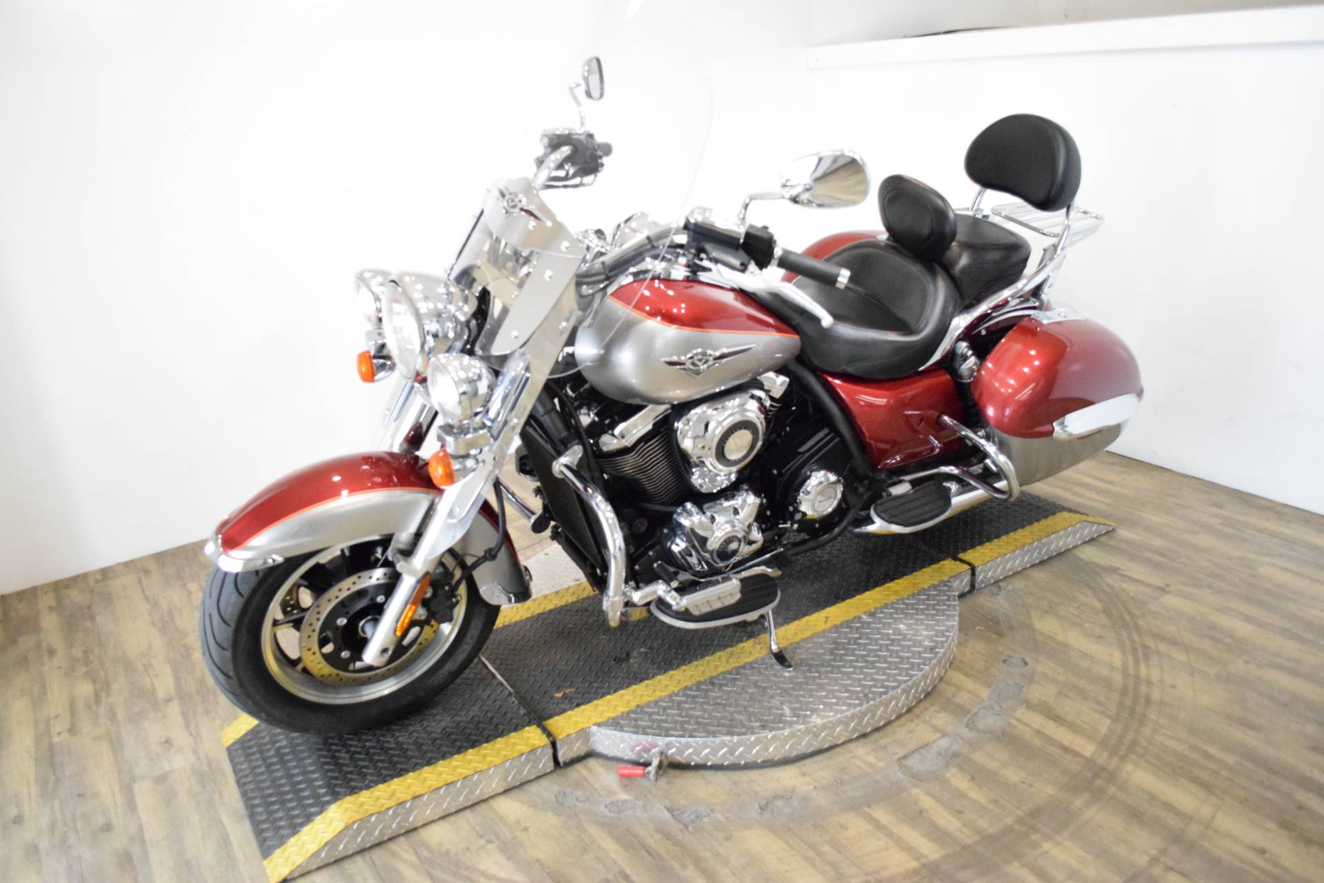 2012 Kawasaki Vulcan® 1700 Nomad™ in Wauconda, Illinois - Photo 22