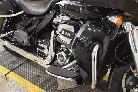 2017 Harley-Davidson Road Glide® Ultra in Wauconda, Illinois - Photo 4