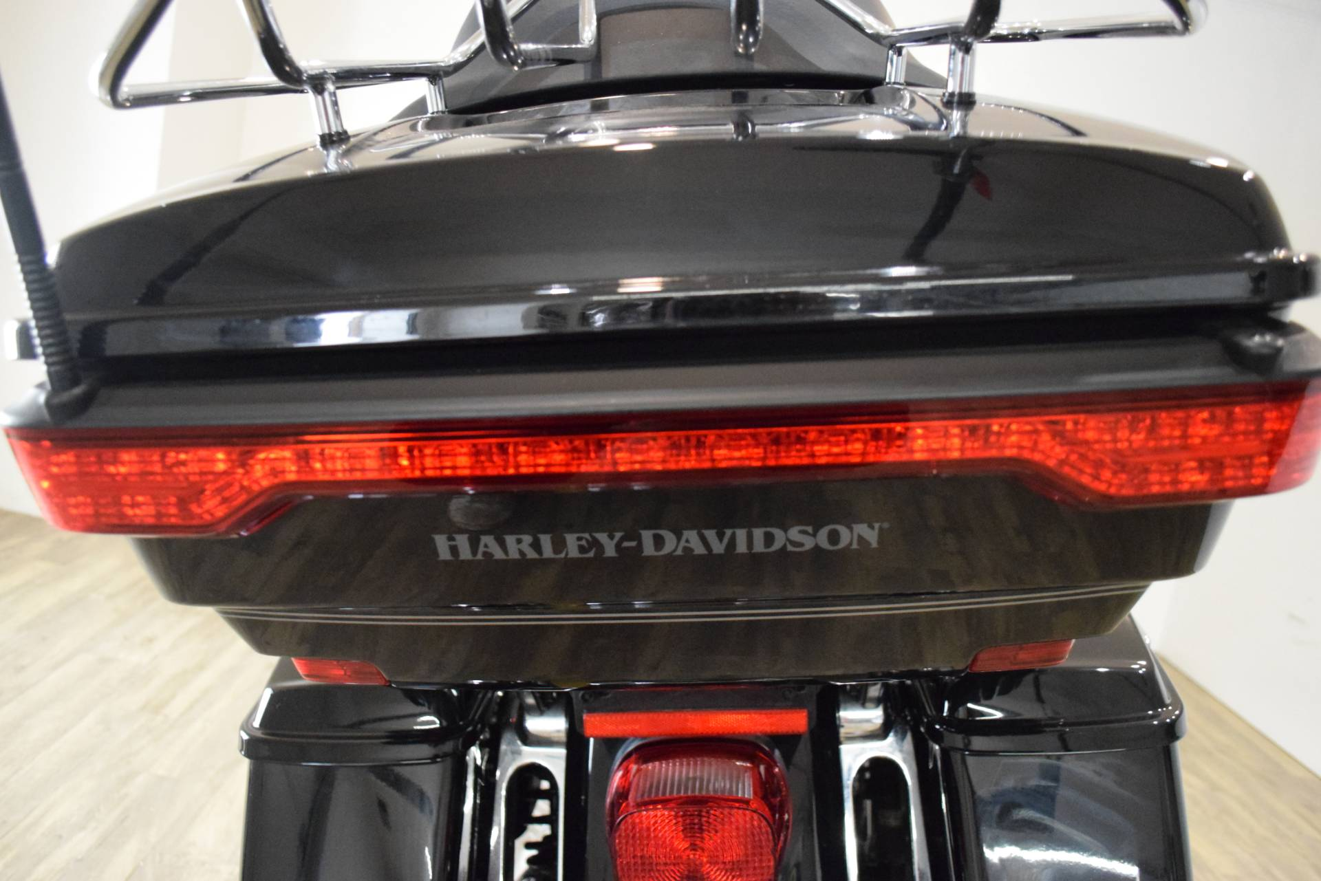 2017 Harley-Davidson Road Glide® Ultra in Wauconda, Illinois - Photo 26