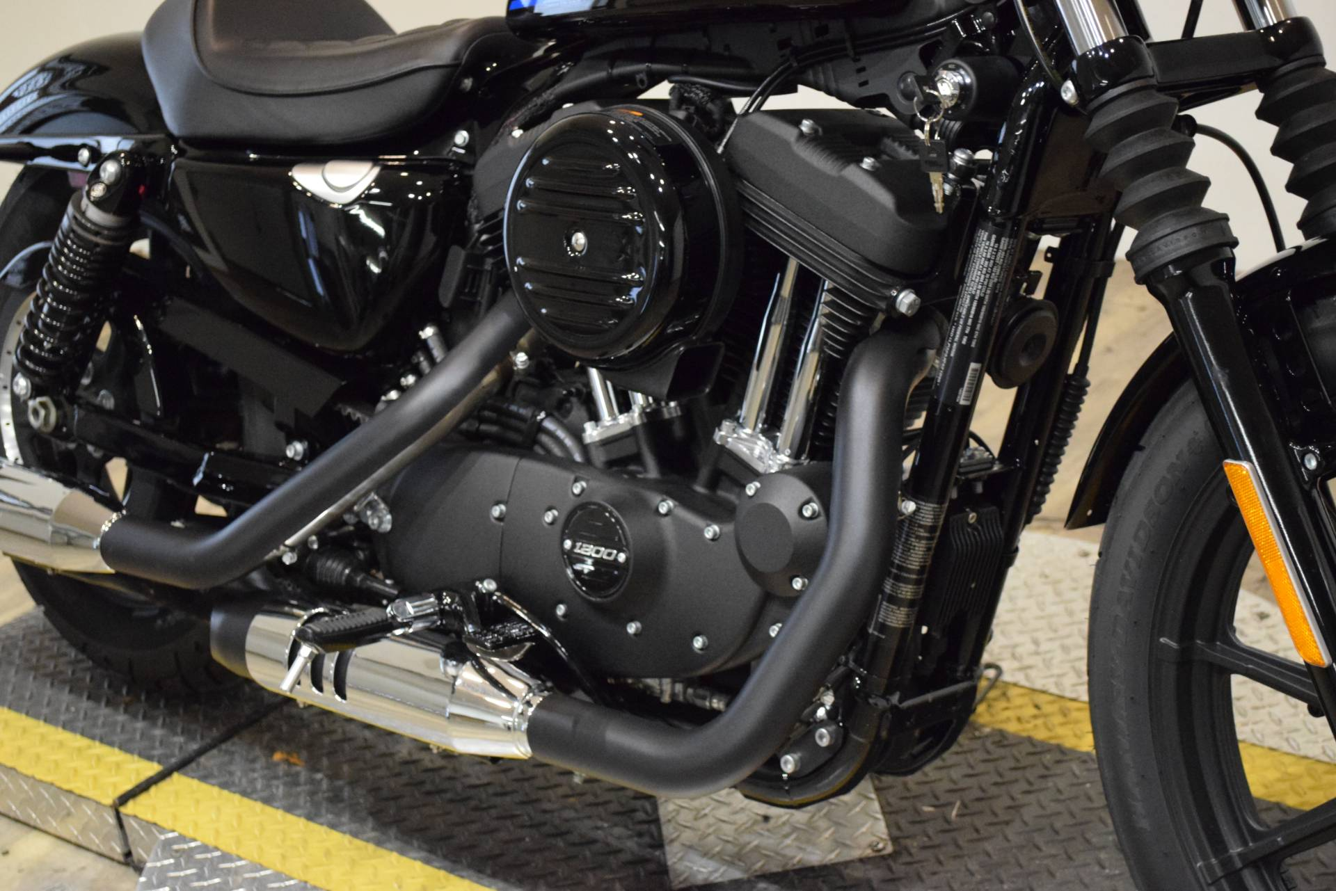 2018 Harley-Davidson Iron 1200™ in Wauconda, Illinois - Photo 4