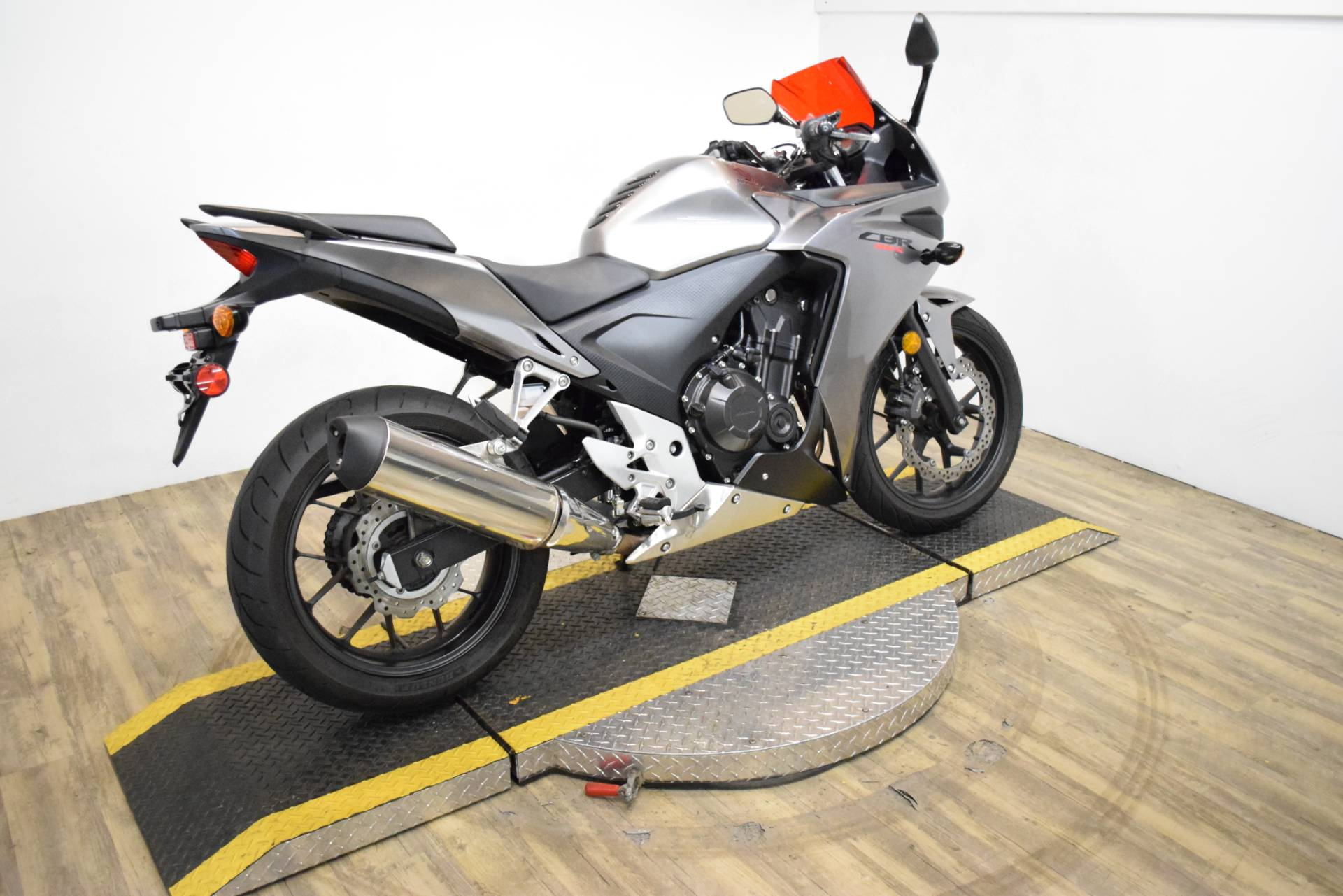 2015 Honda CBR®500R in Wauconda, Illinois - Photo 9