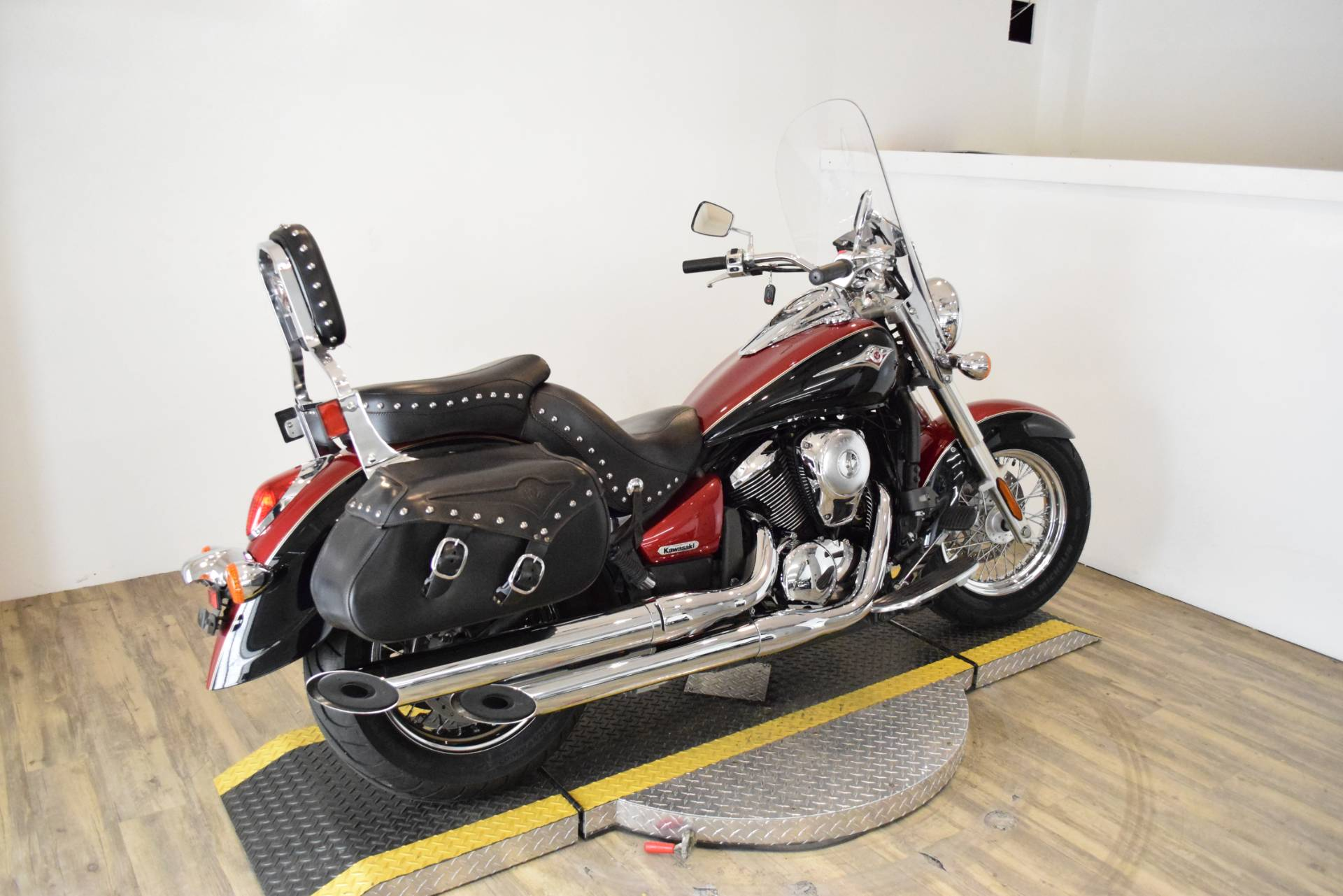 2008 Kawasaki Vulcan® 900 Classic LT in Wauconda, Illinois - Photo 10