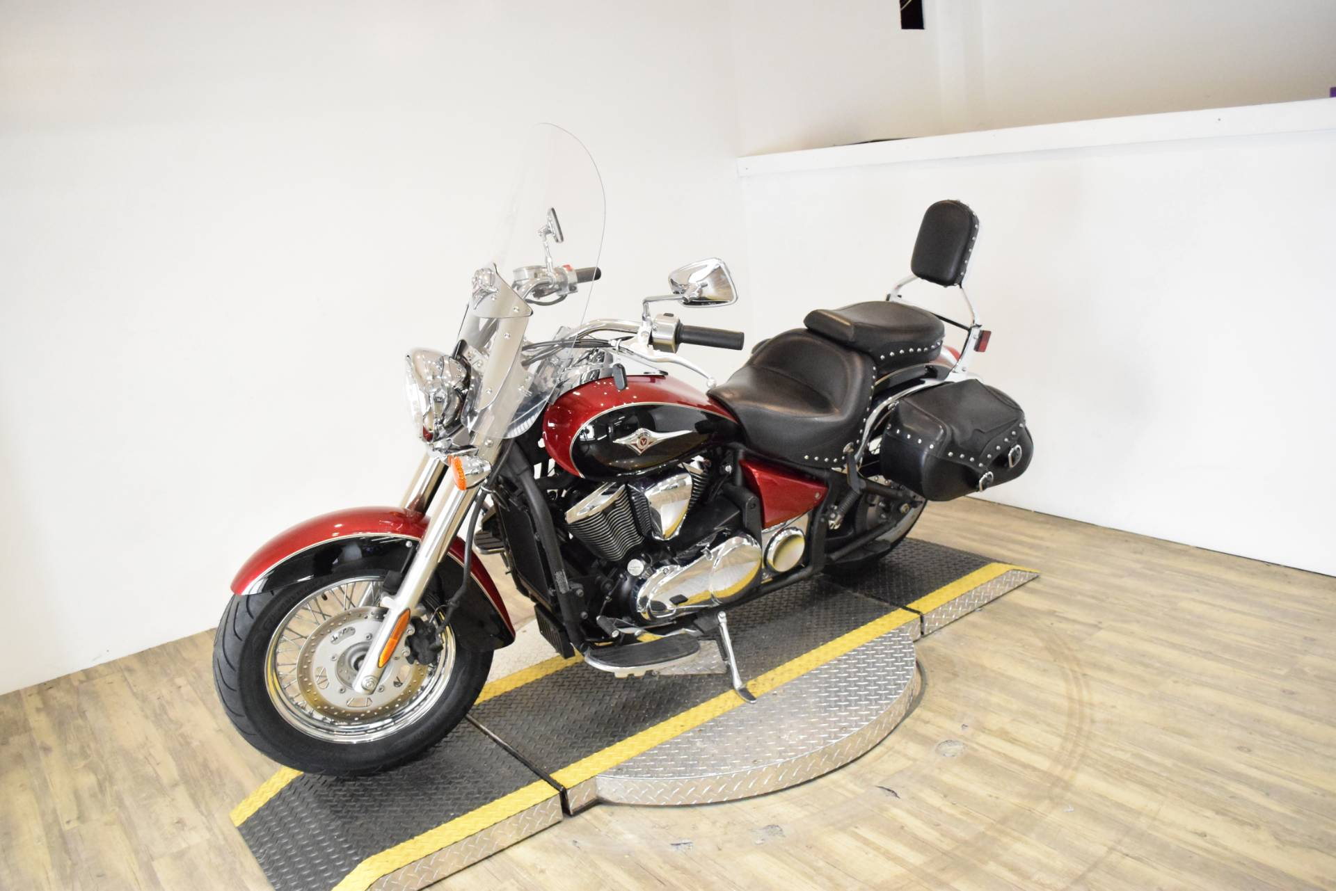 2008 Kawasaki Vulcan® 900 Classic LT in Wauconda, Illinois - Photo 23