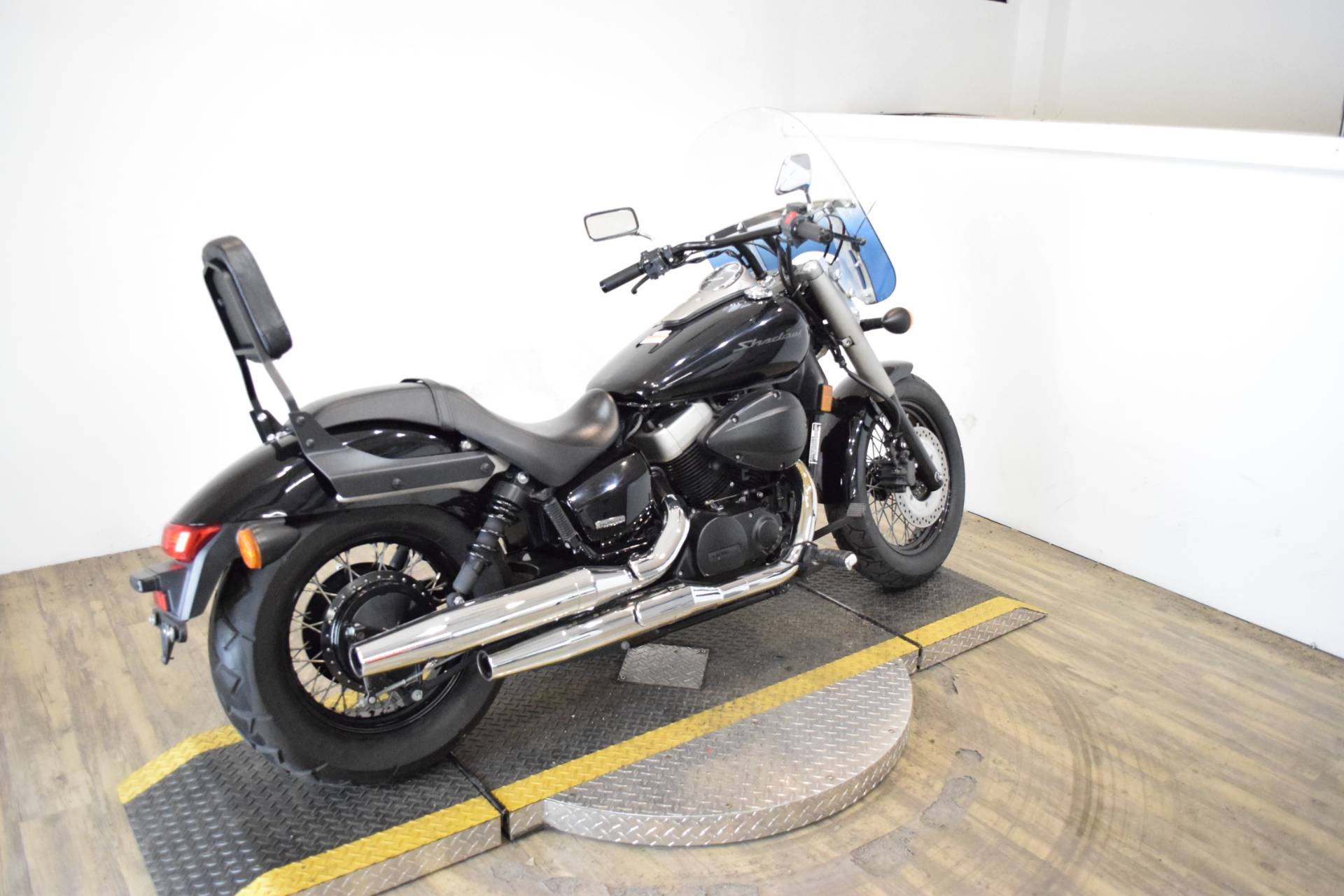 2010 Honda Shadow® Phantom in Wauconda, Illinois - Photo 9
