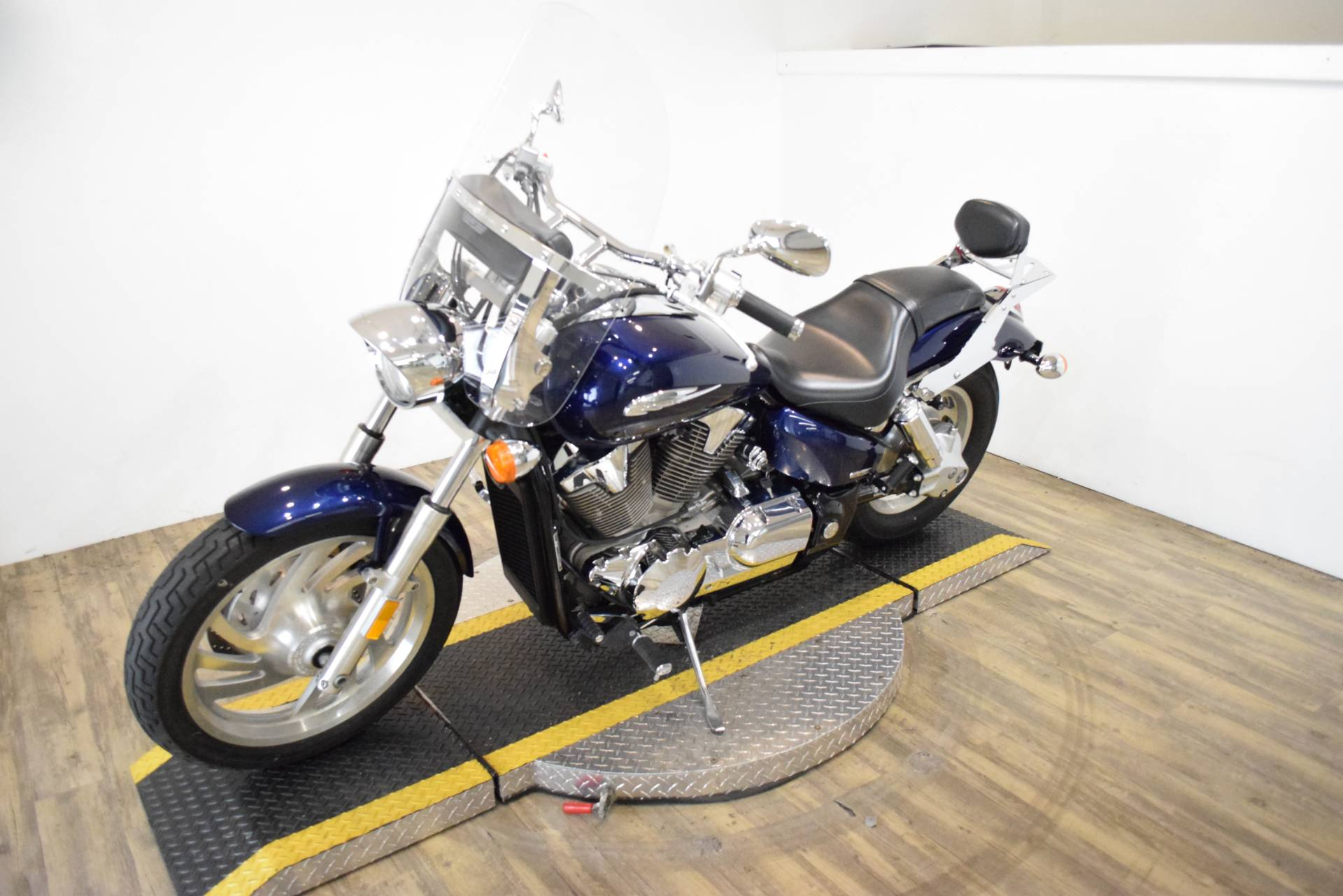 2007 Honda VTX™1300C in Wauconda, Illinois - Photo 23