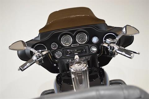 2006 Harley-Davidson Ultra Classic® Electra Glide® Peace Officer Special Edition in Wauconda, Illinois - Photo 28