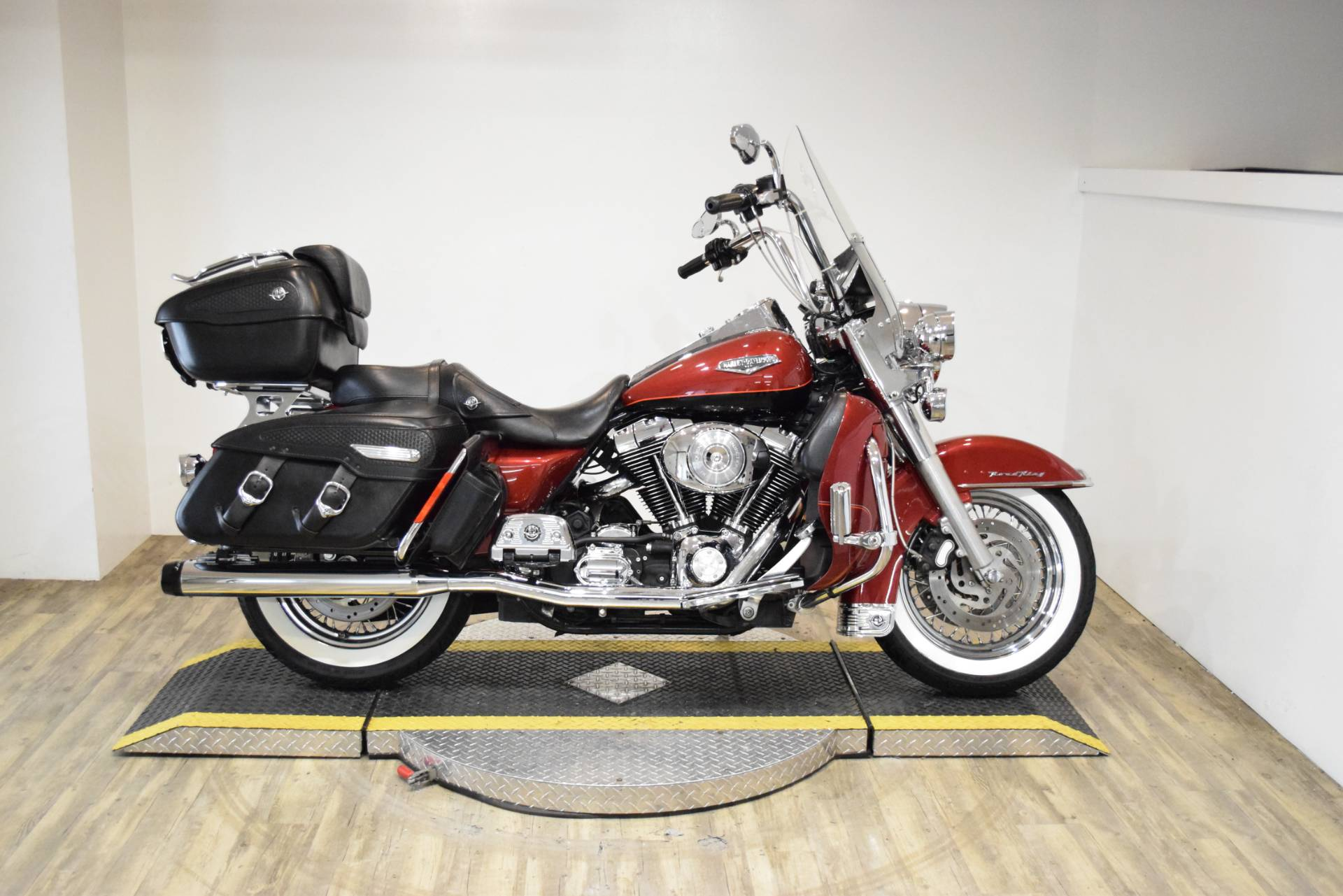 2006 Harley-Davidson Road King® in Wauconda, Illinois - Photo 1